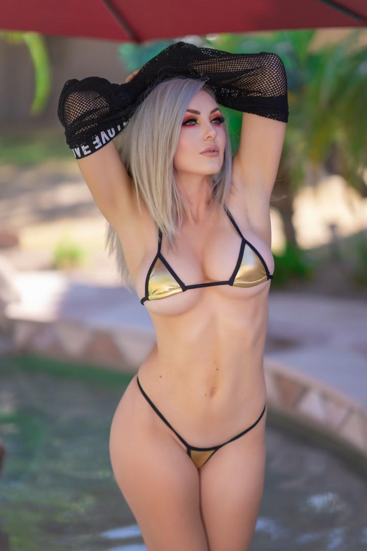 Jessica Nigri Gold Micro Bikini 0013