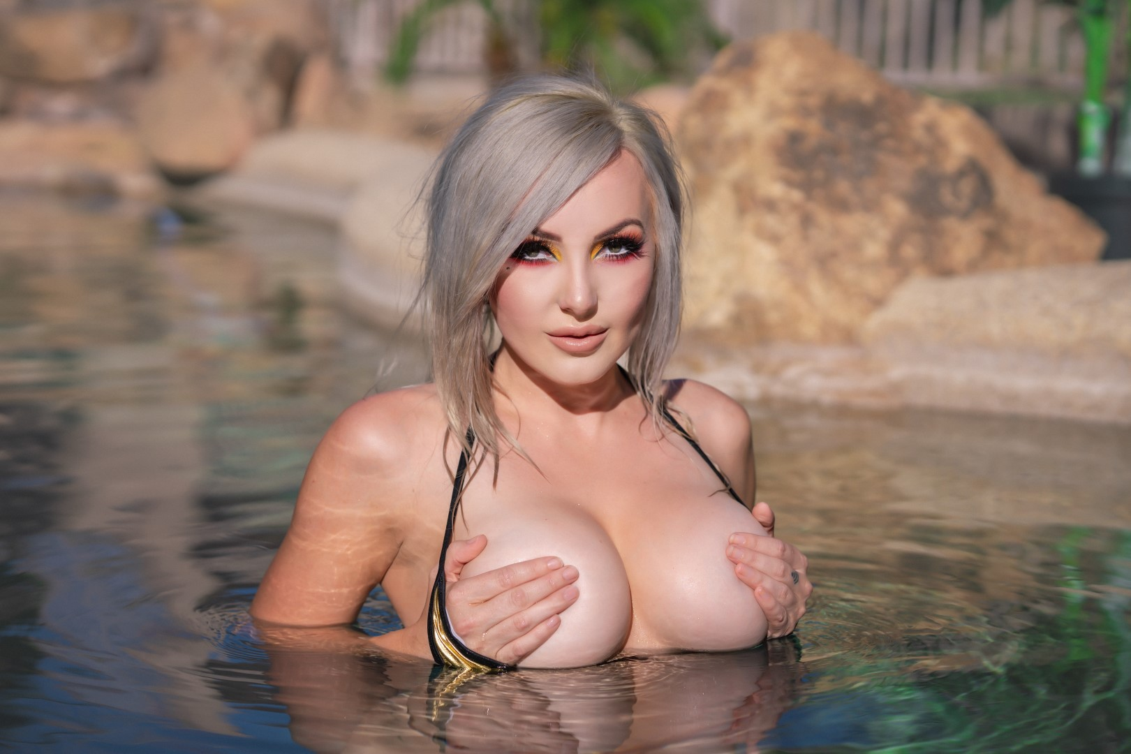 Jessica Nigri Gold Micro Bikini 0031
