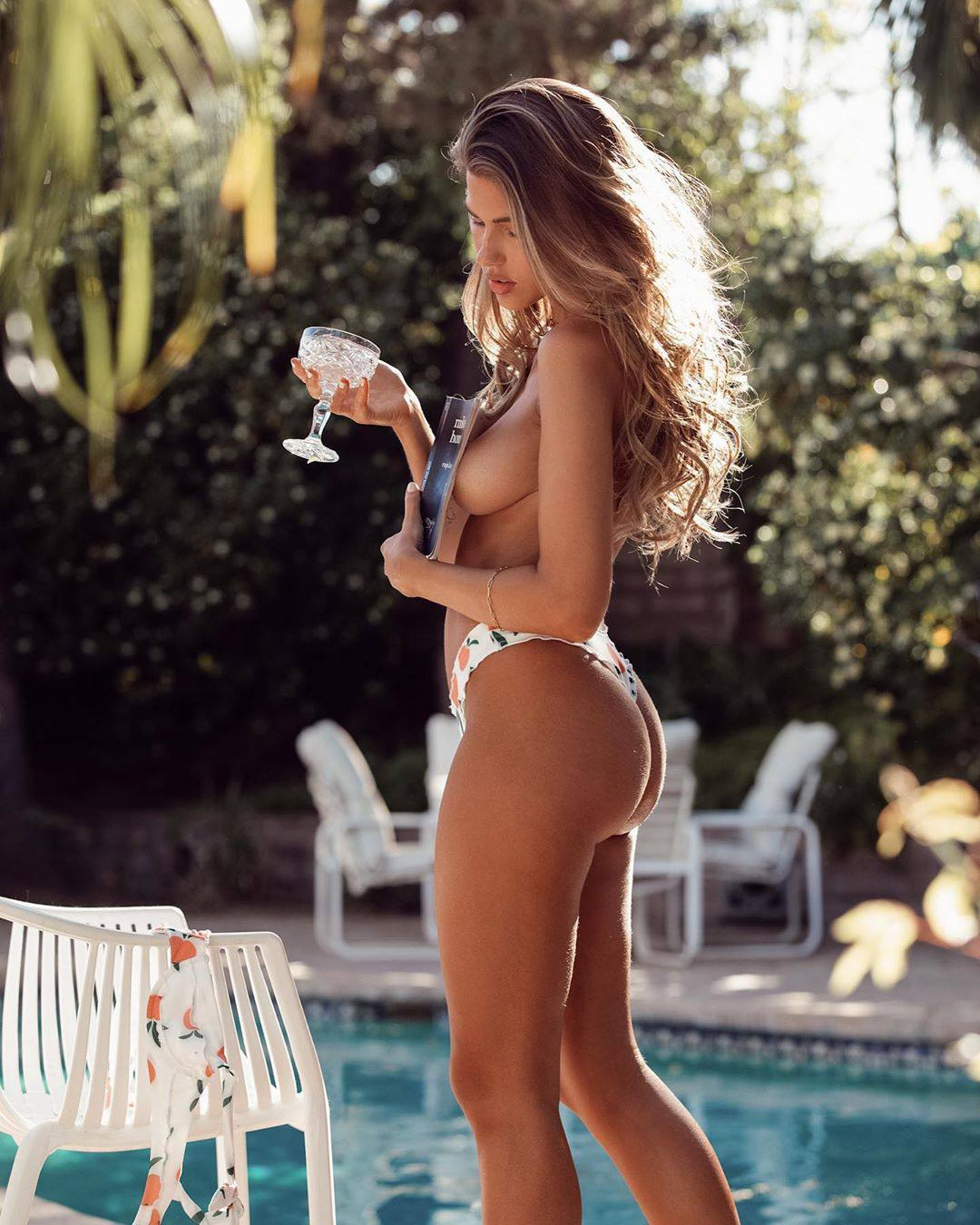 Kara Del Toro – Fantastic Boobs And Ass In Sexy Topless Photoshoot 0003