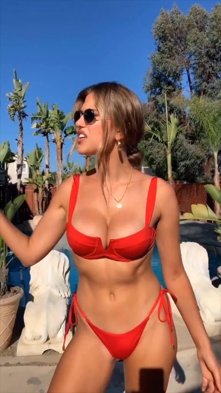 Kara Del Toro – Hot Boobs In Sexy Bikini Video 0001
