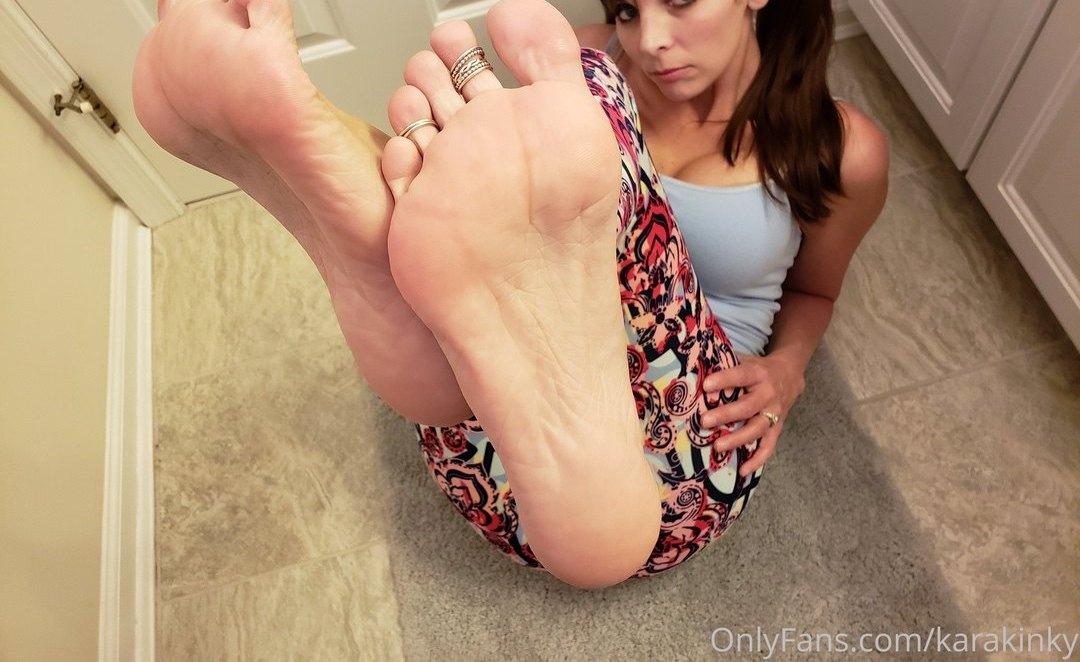 Kinky Foot Girl Karakinky Onlyfans Leaks 0023