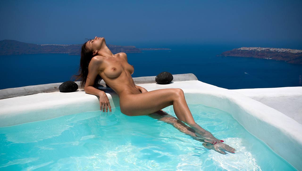 Kristina Makarova – Sexy Body In Hot Full Frontal Naked Photoshoot (nsfw) 0002