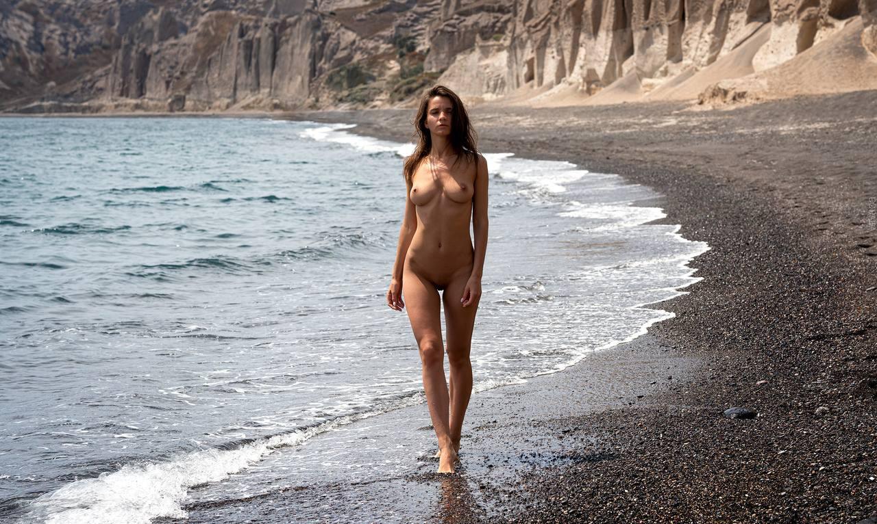 Kristina Makarova – Sexy Body In Hot Full Frontal Naked Photoshoot (nsfw) 0010