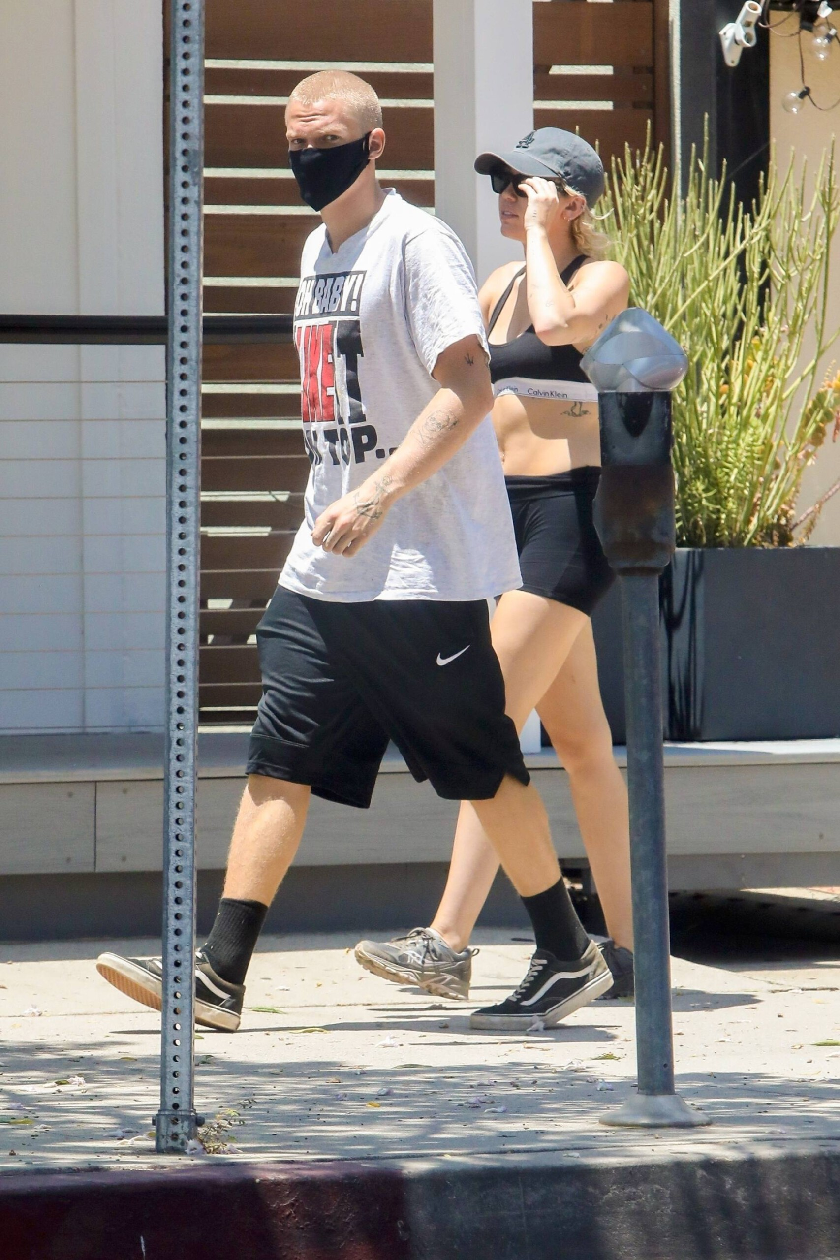 Miley Cyrus – Sexy Fit Body In Shorts And Sports Bra Out In Los Angeles 0004
