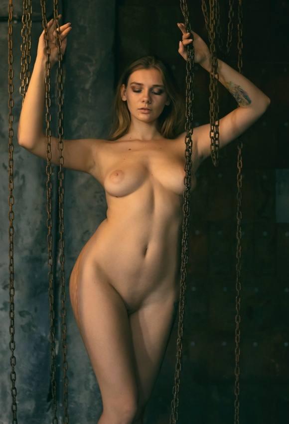Natasha Tikhomirova – Beautiful Boobs In Hot Naked Photoshoot (nsfw) 0001