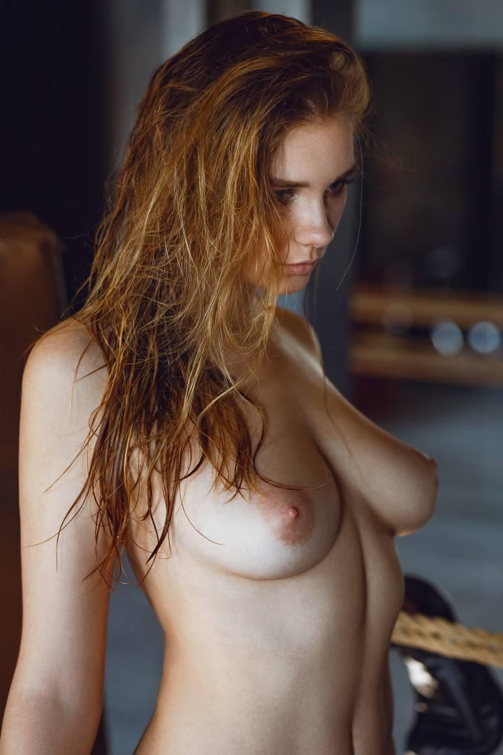 Natasha Tikhomirova – Beautiful Boobs In Hot Naked Photoshoot (nsfw) 0005