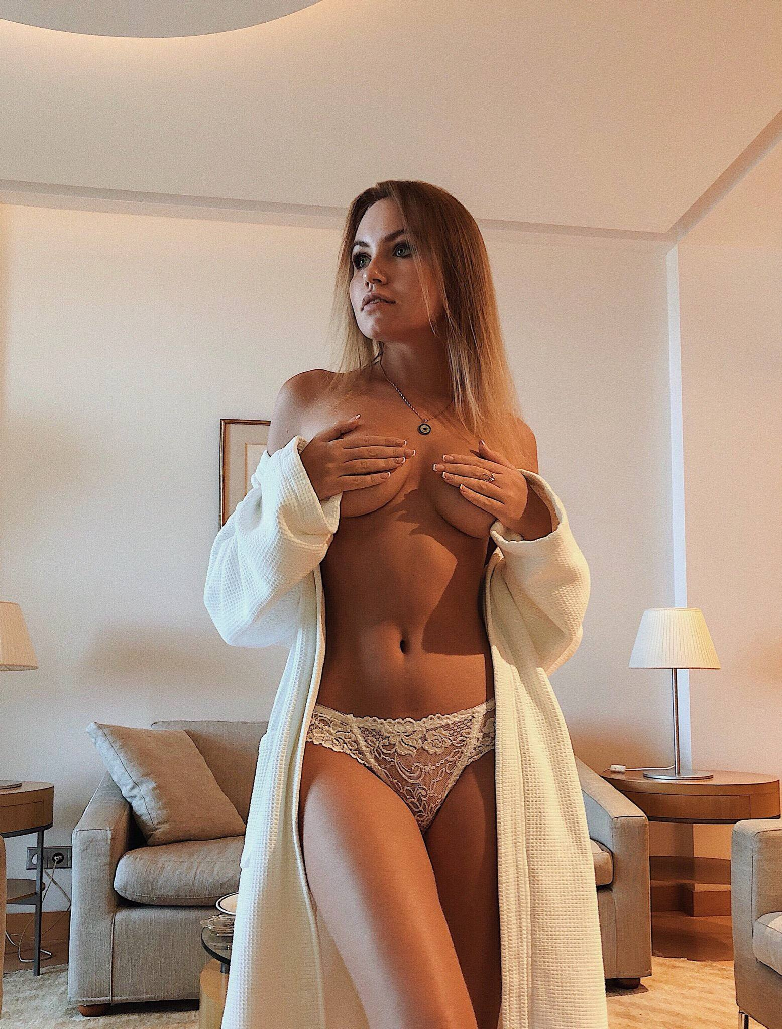Nicole Ross – Hot Body In Sexy Lingerie Photoshoot 0003