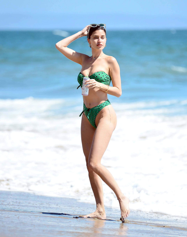 Nicole Williams – Fantastic Body In Skimpy Bikini At The Beach In Malibu 0007