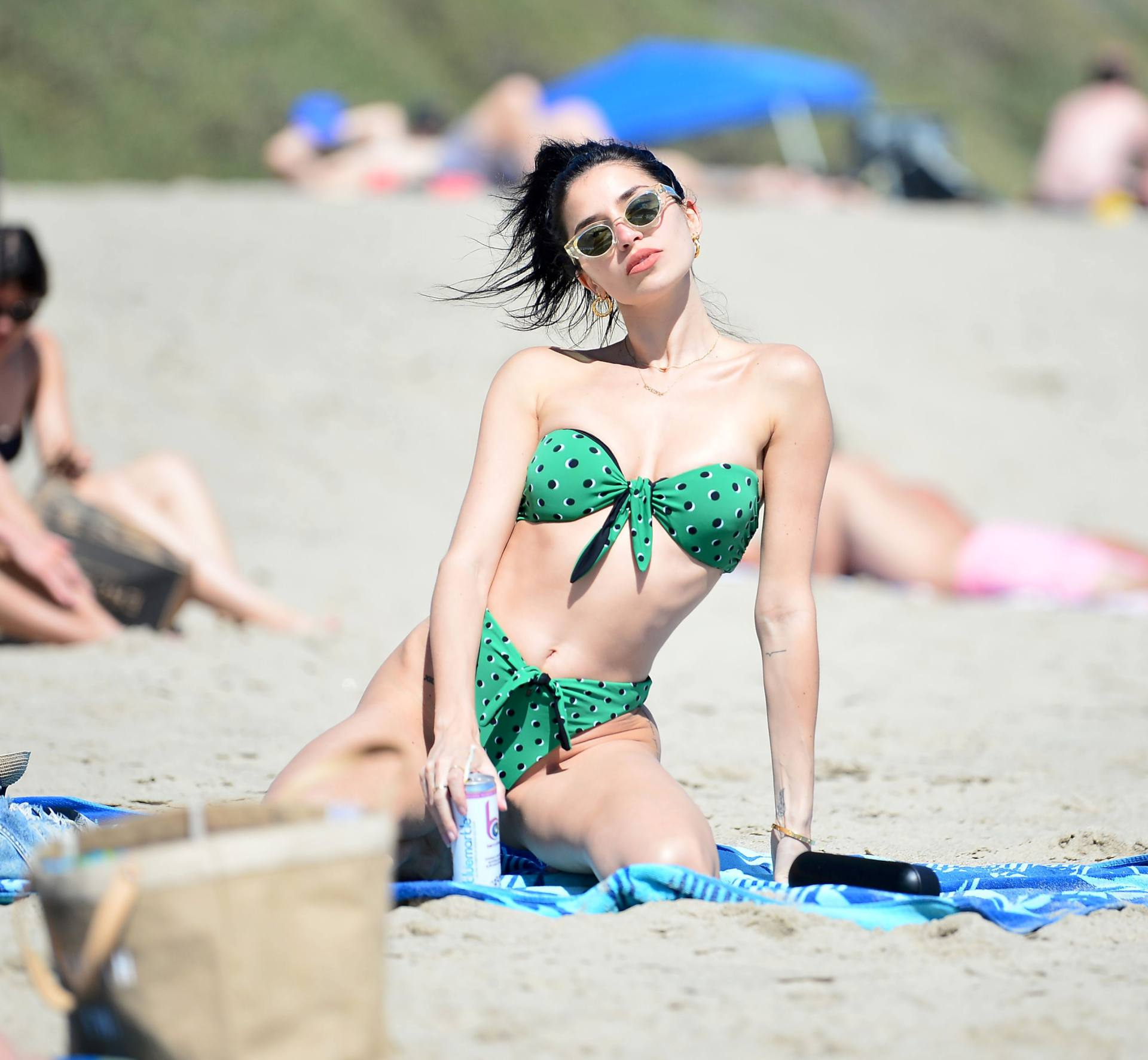 Nicole Williams – Fantastic Body In Skimpy Bikini At The Beach In Malibu 0013