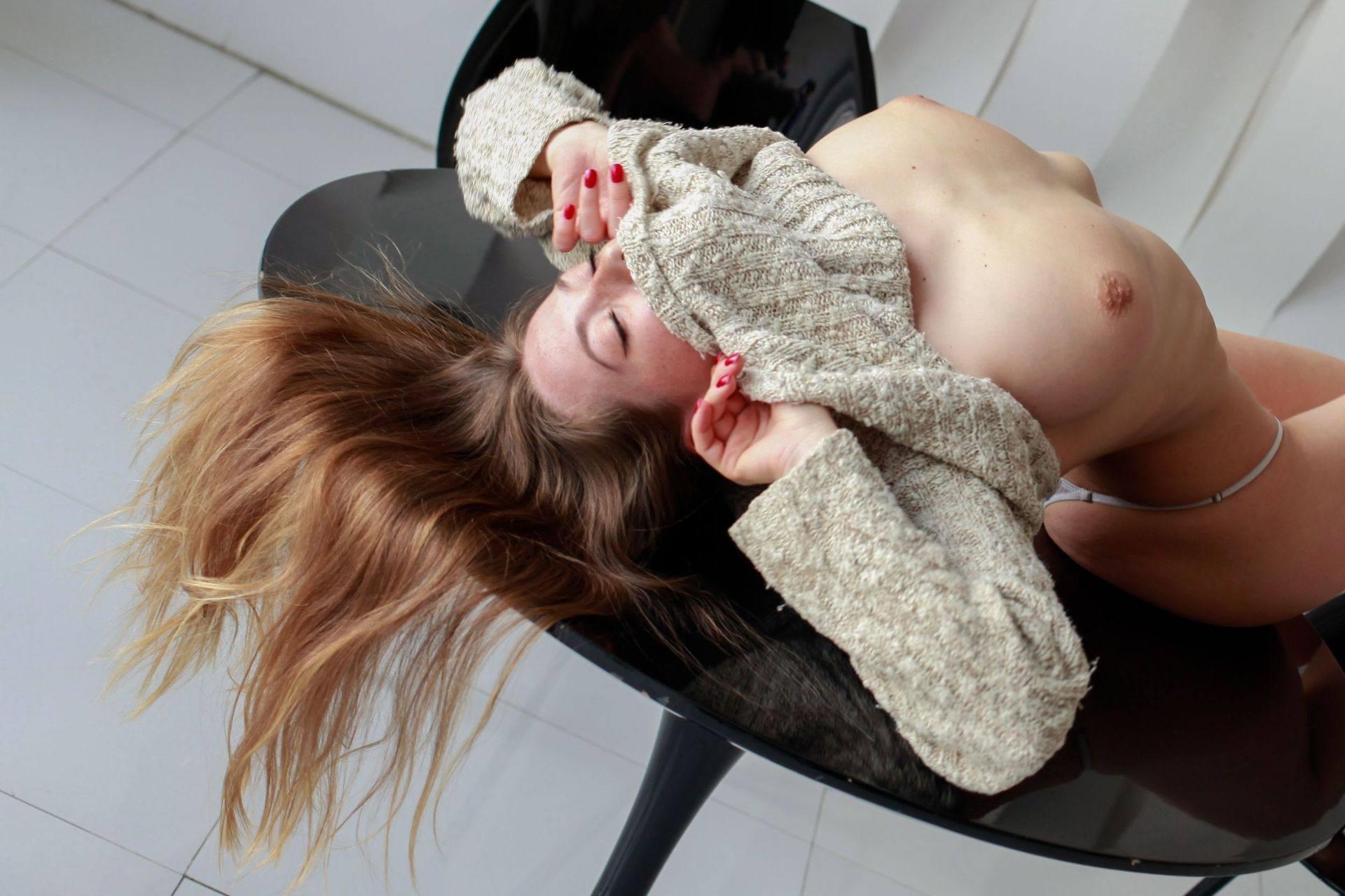 Olga Kobzar – Beautiful Boobs In Sexy Topless Photoshoot (nsfw) 0007