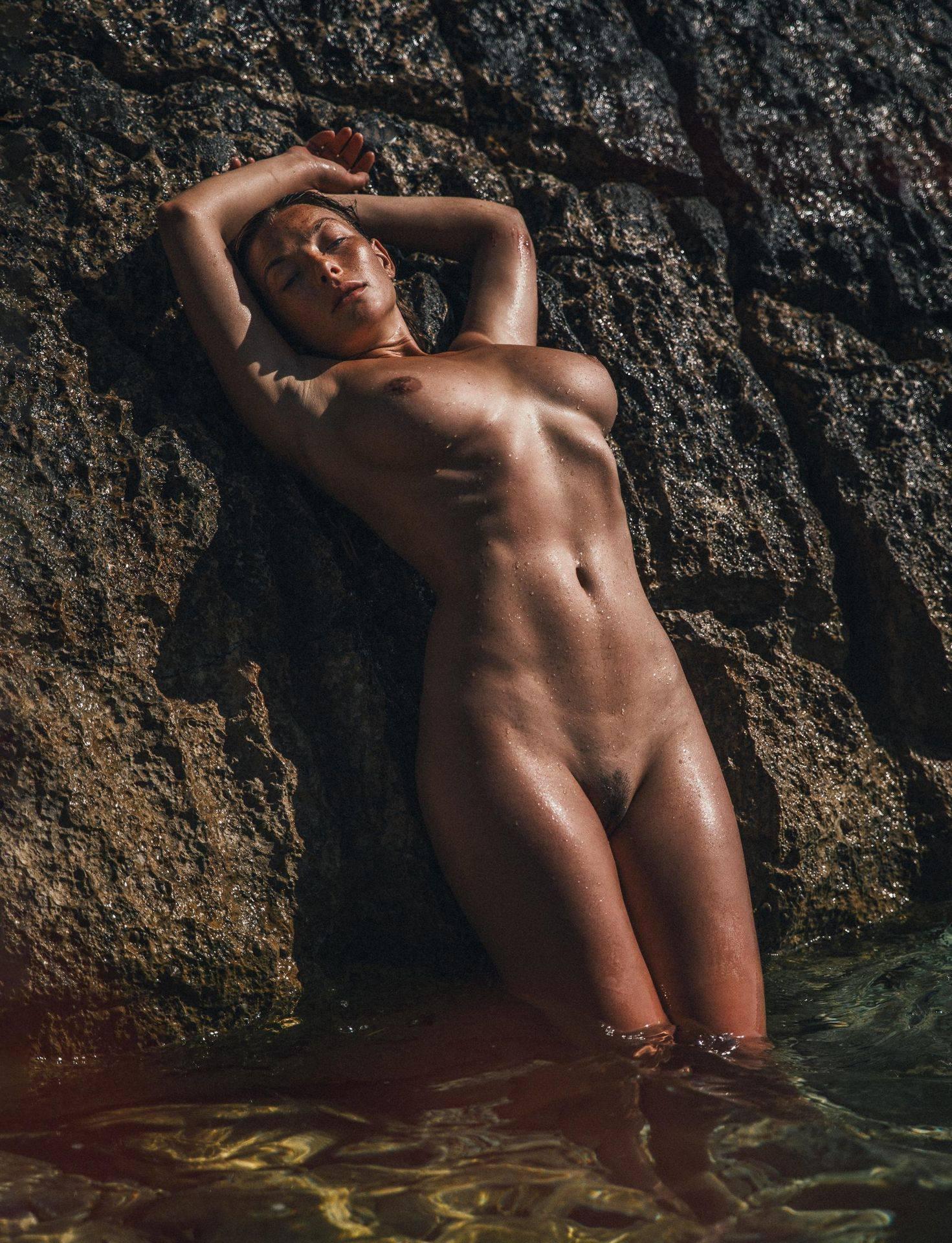 Olga Kobzar – Hot Big Boobs In Sexy Full Frontal Nude Photoshoot By Thomas Agatz (nsfw) 0004