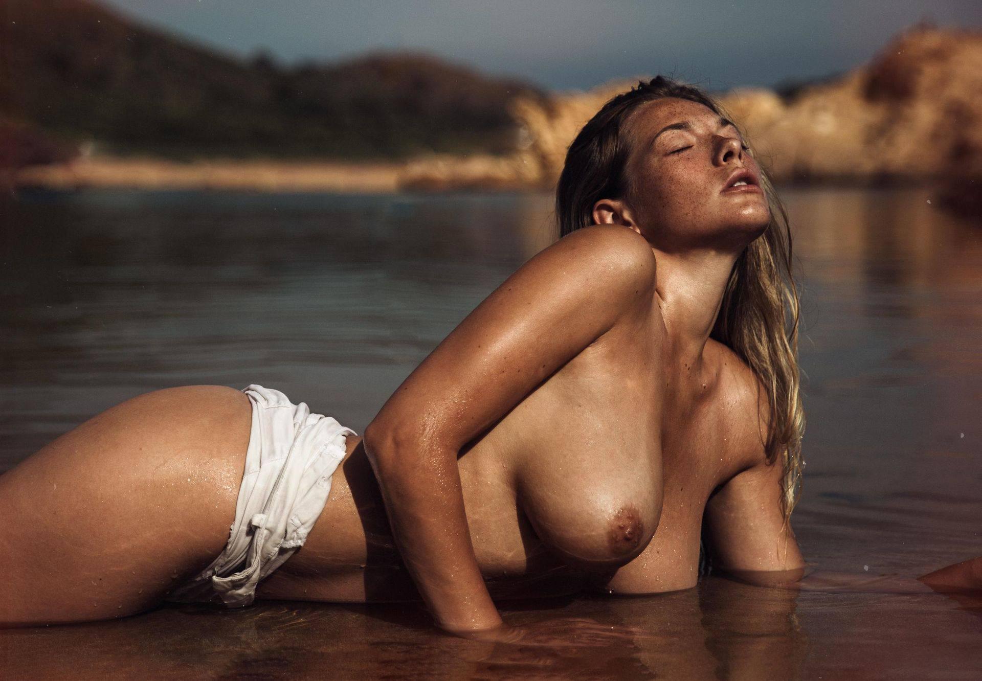 Olga Kobzar – Hot Big Boobs In Sexy Full Frontal Nude Photoshoot By Thomas Agatz (nsfw) 0008
