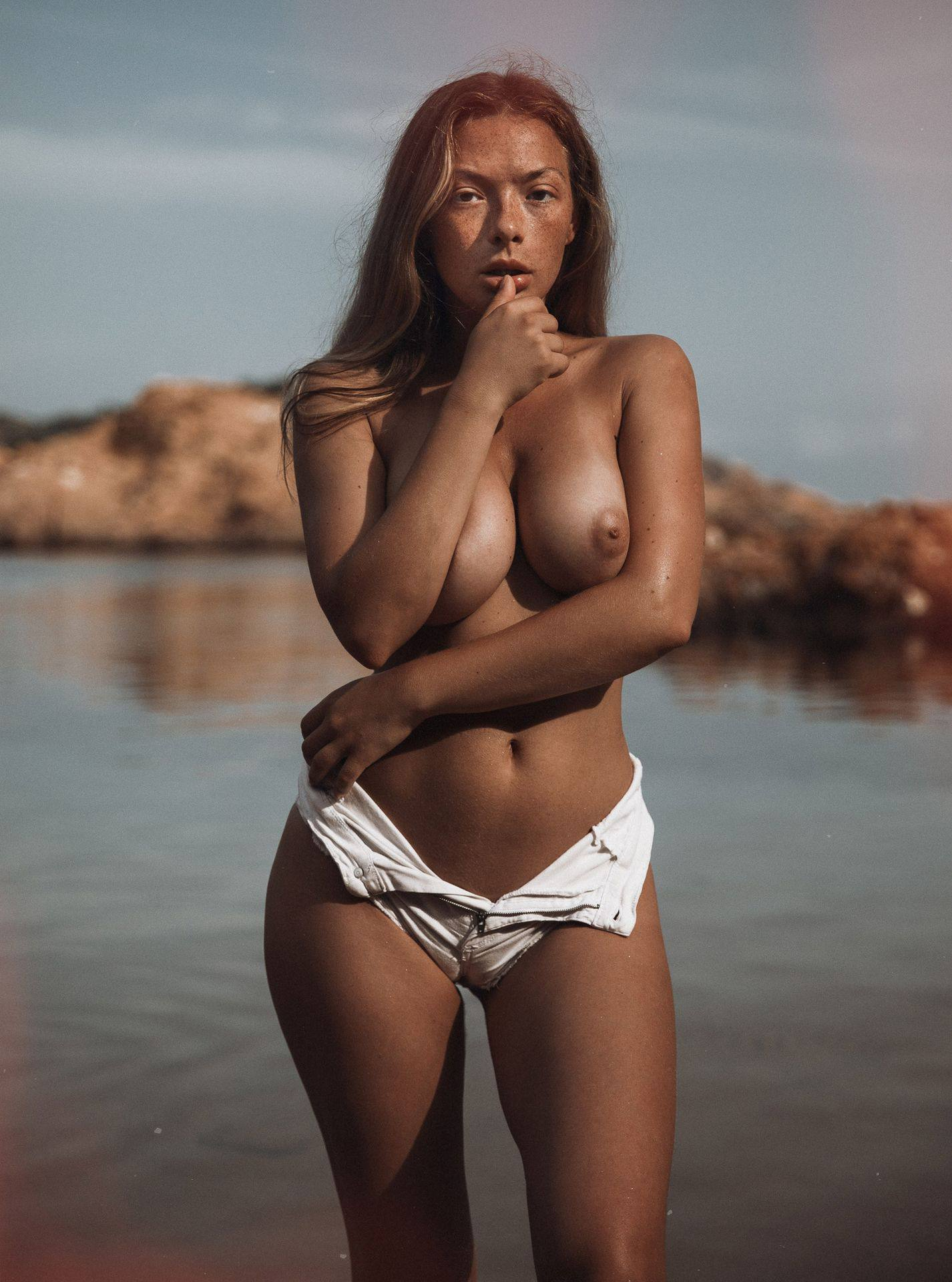 Olga Kobzar – Hot Big Boobs In Sexy Full Frontal Nude Photoshoot By Thomas Agatz (nsfw) 0015