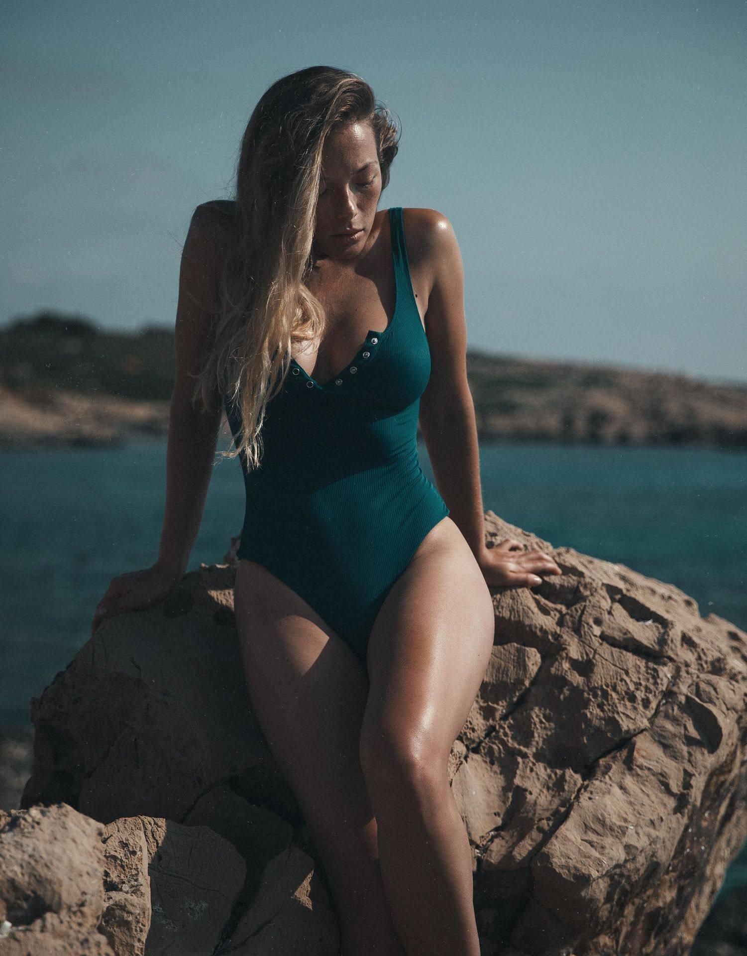 Olga Kobzar – Hot Big Boobs In Sexy Full Frontal Nude Photoshoot By Thomas Agatz (nsfw) 0022