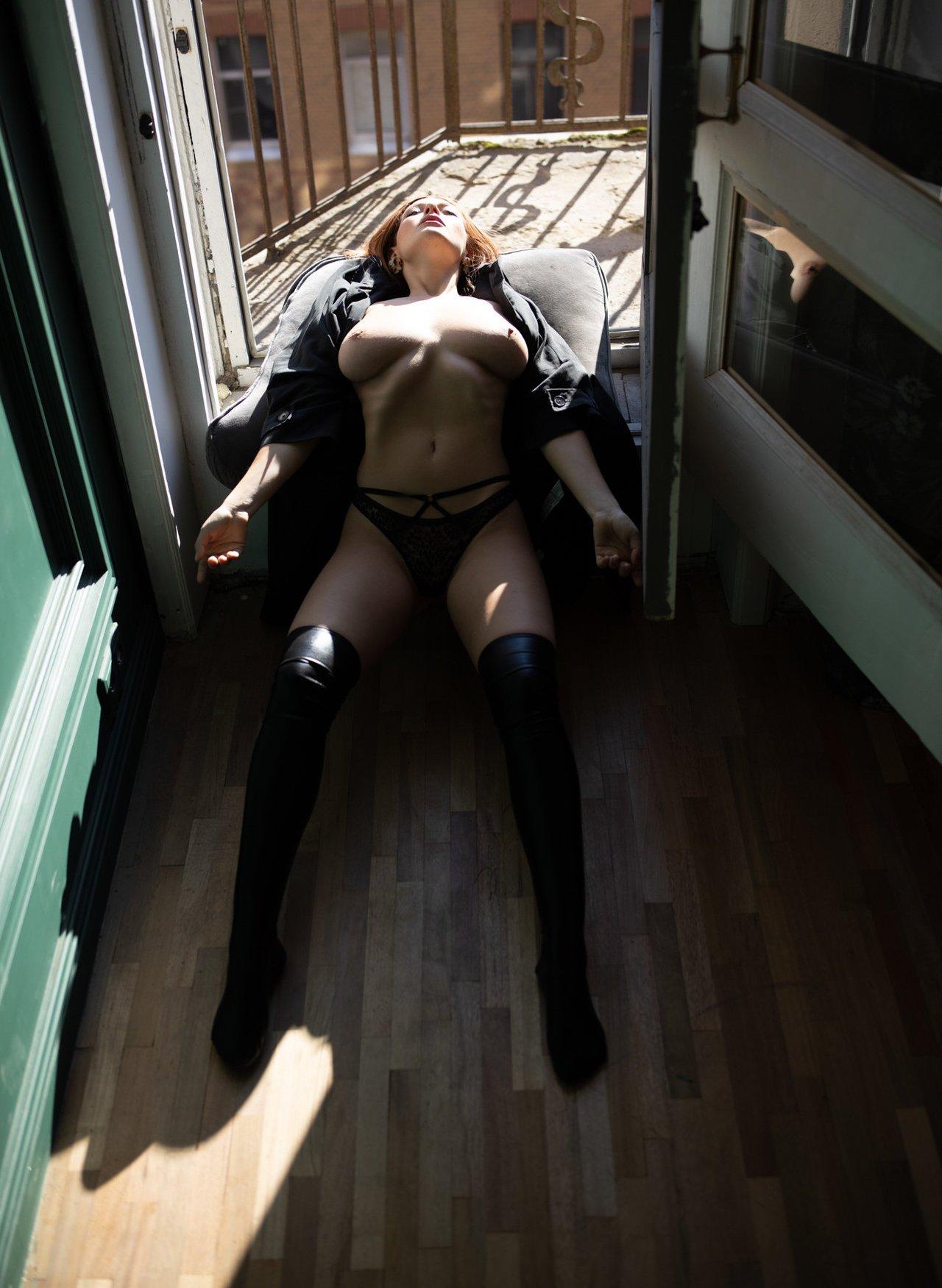Olga Kobzar Bugs Bunny Gf Nudes Leaks 0012