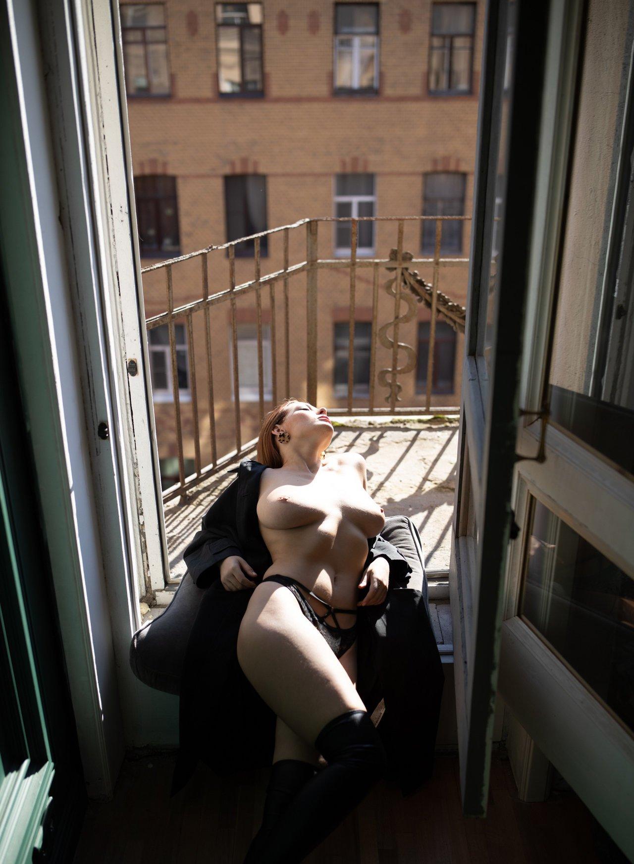 Olga Kobzar Bugs Bunny Gf Nudes Leaks 0014