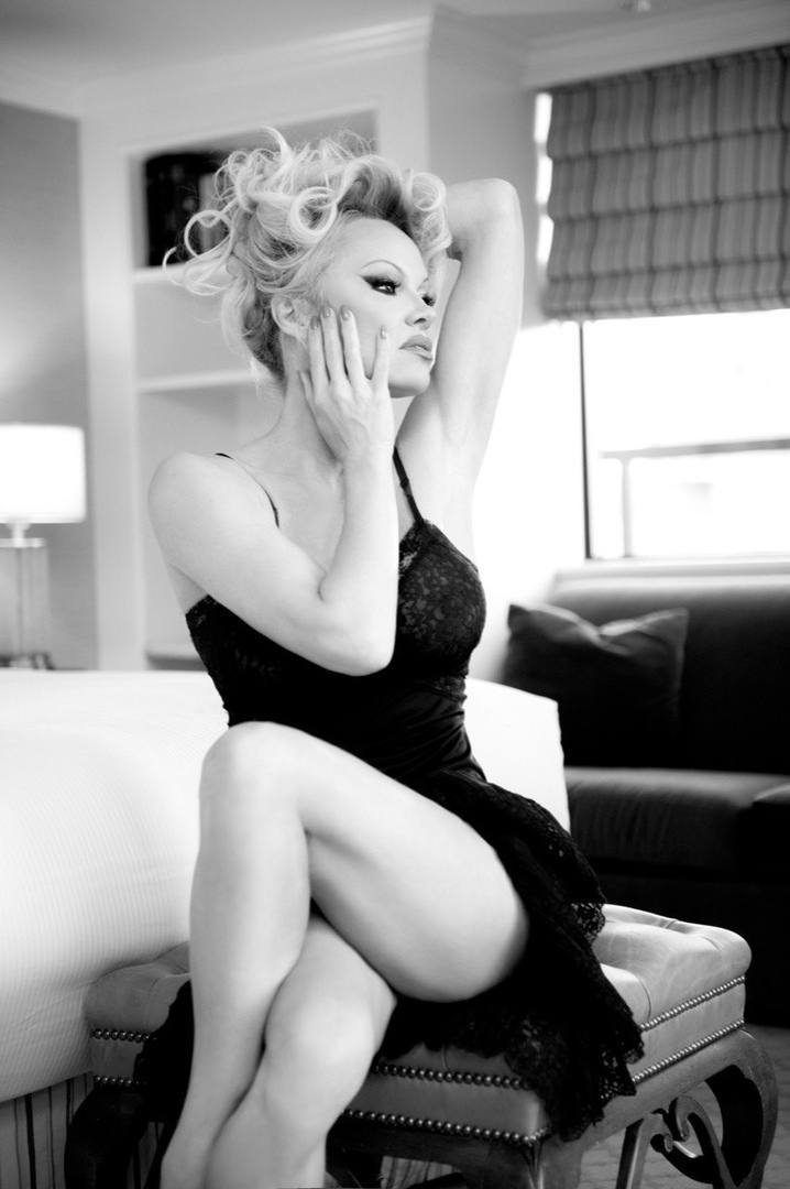 Pamela Anderson – Hot Big Boobs In Naked Photoshoot By Gordan Dumka (nsfw) 0001