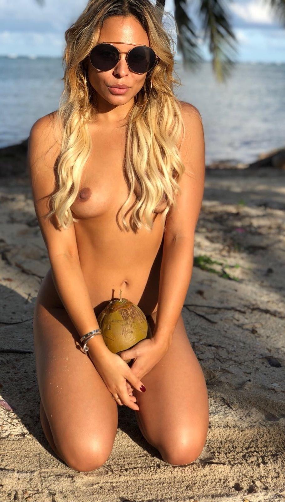 Patrizia Yanguela Patriziayanguela Onlyfans Nudes Leaks 0020