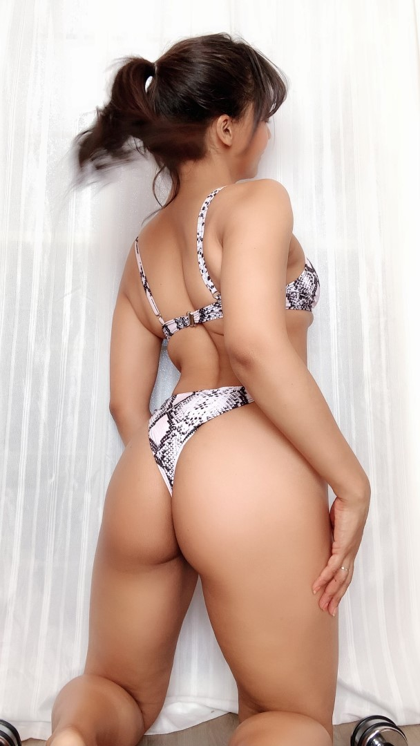 Pattie Cosplay Bikini Selfies Sexy Patreon Video And Photos 0049