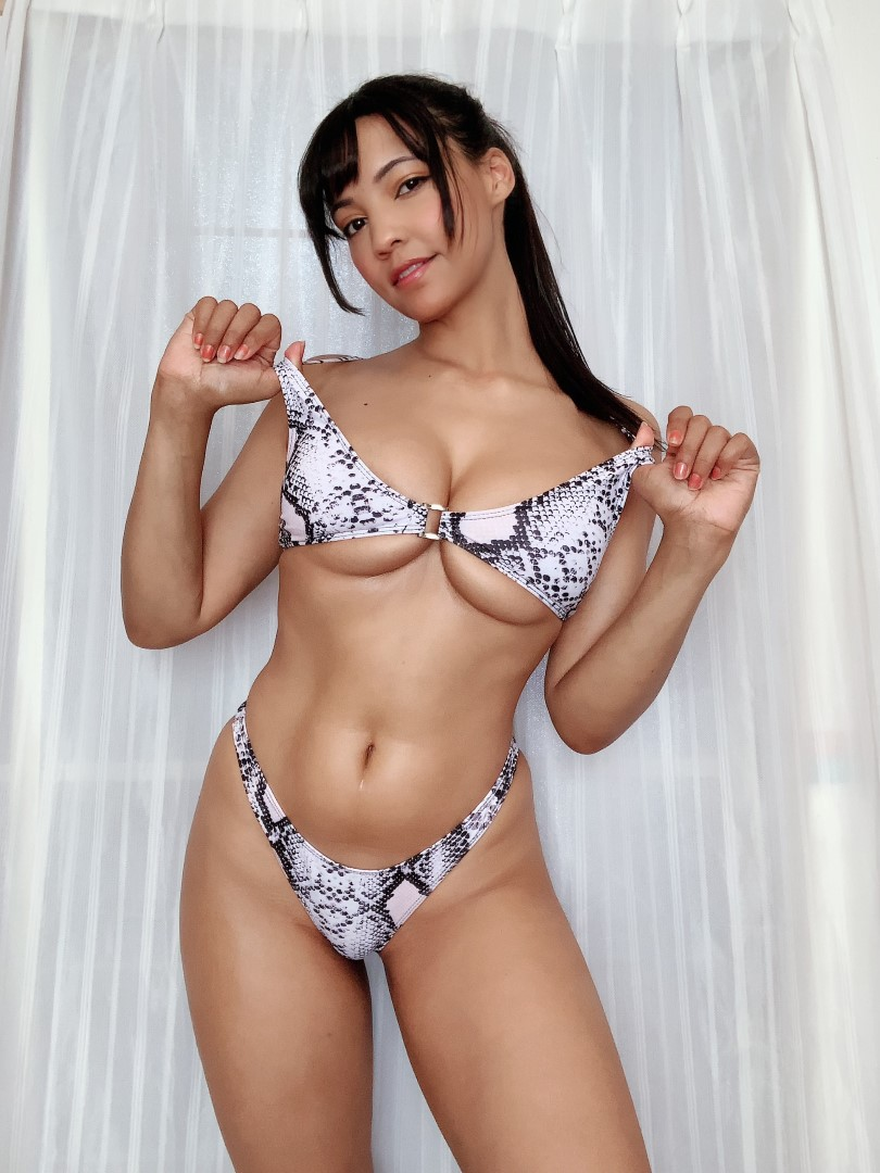 Pattie Cosplay Bikini Selfies Sexy Patreon Video And Photos 0059