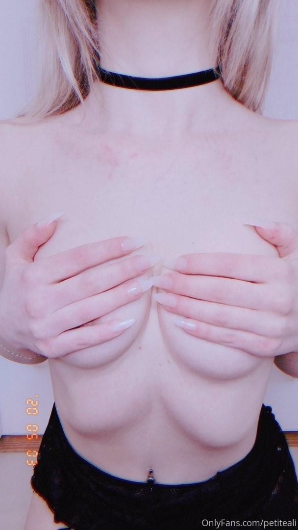 Petiteali Onlyfans Nude Leaked Littlealii Teen Photos 0095