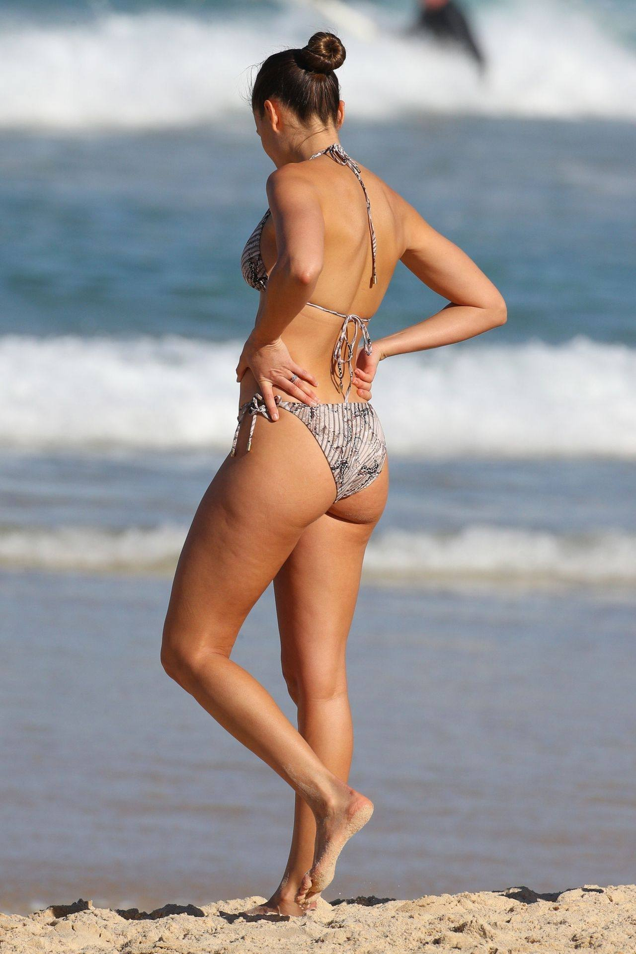 Rachael Finch – Hot Body In Sexy Bikini At The Bondi Beach In Sydney 0001
