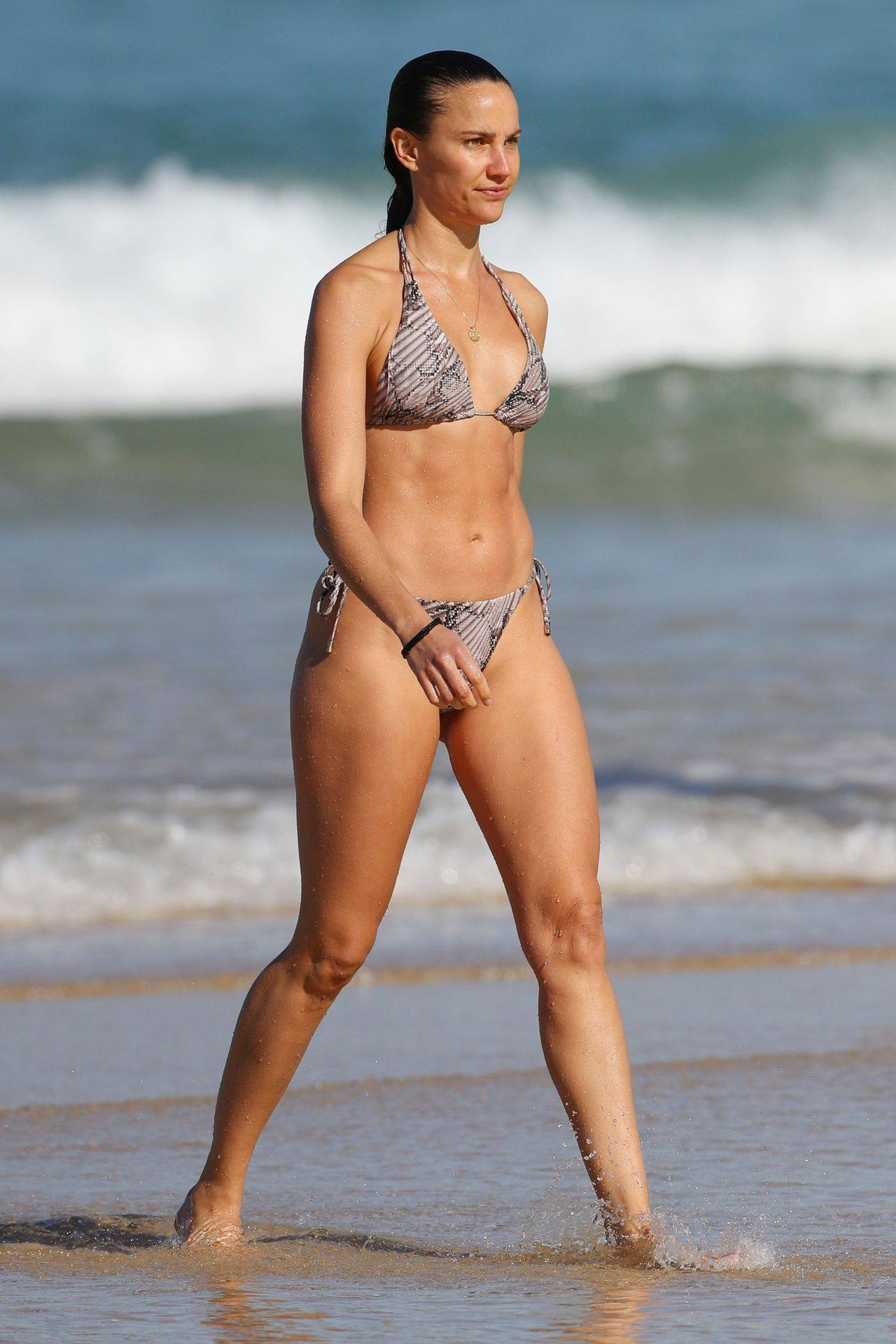 Rachael Finch – Hot Body In Sexy Bikini At The Bondi Beach In Sydney 0009