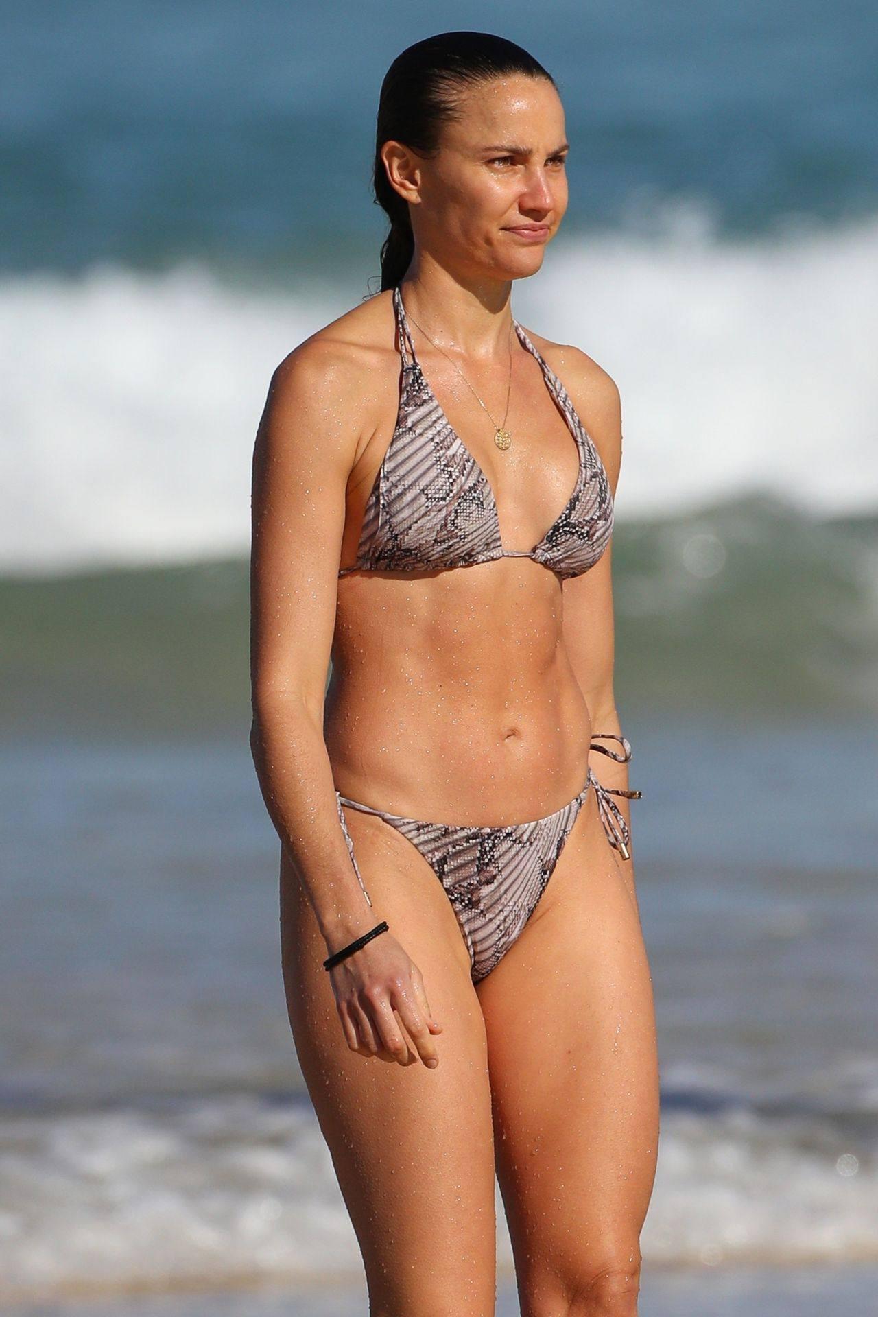 Rachael Finch – Hot Body In Sexy Bikini At The Bondi Beach In Sydney 0010