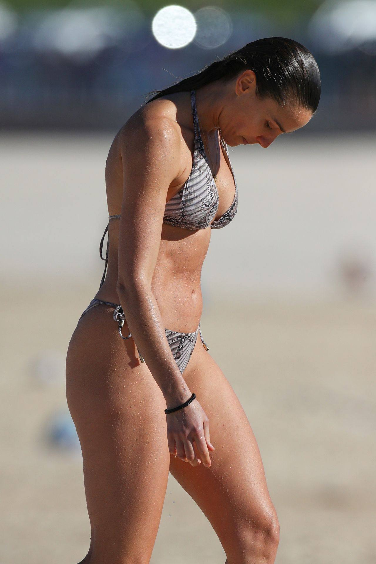 Rachael Finch – Hot Body In Sexy Bikini At The Bondi Beach In Sydney 0020