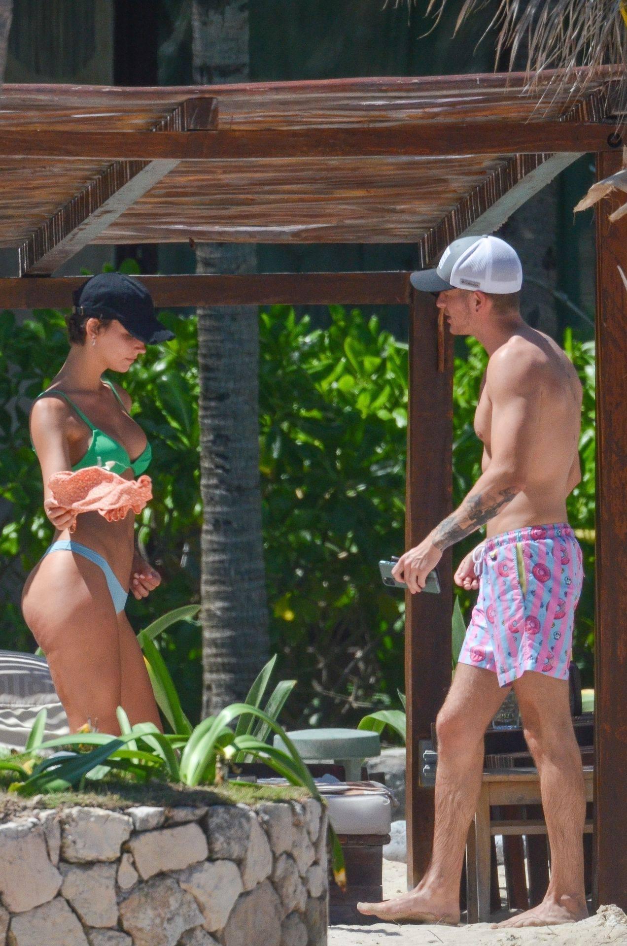 Rachel Cook – Beautiful Ass In Thong Bikini In Mexico 0020