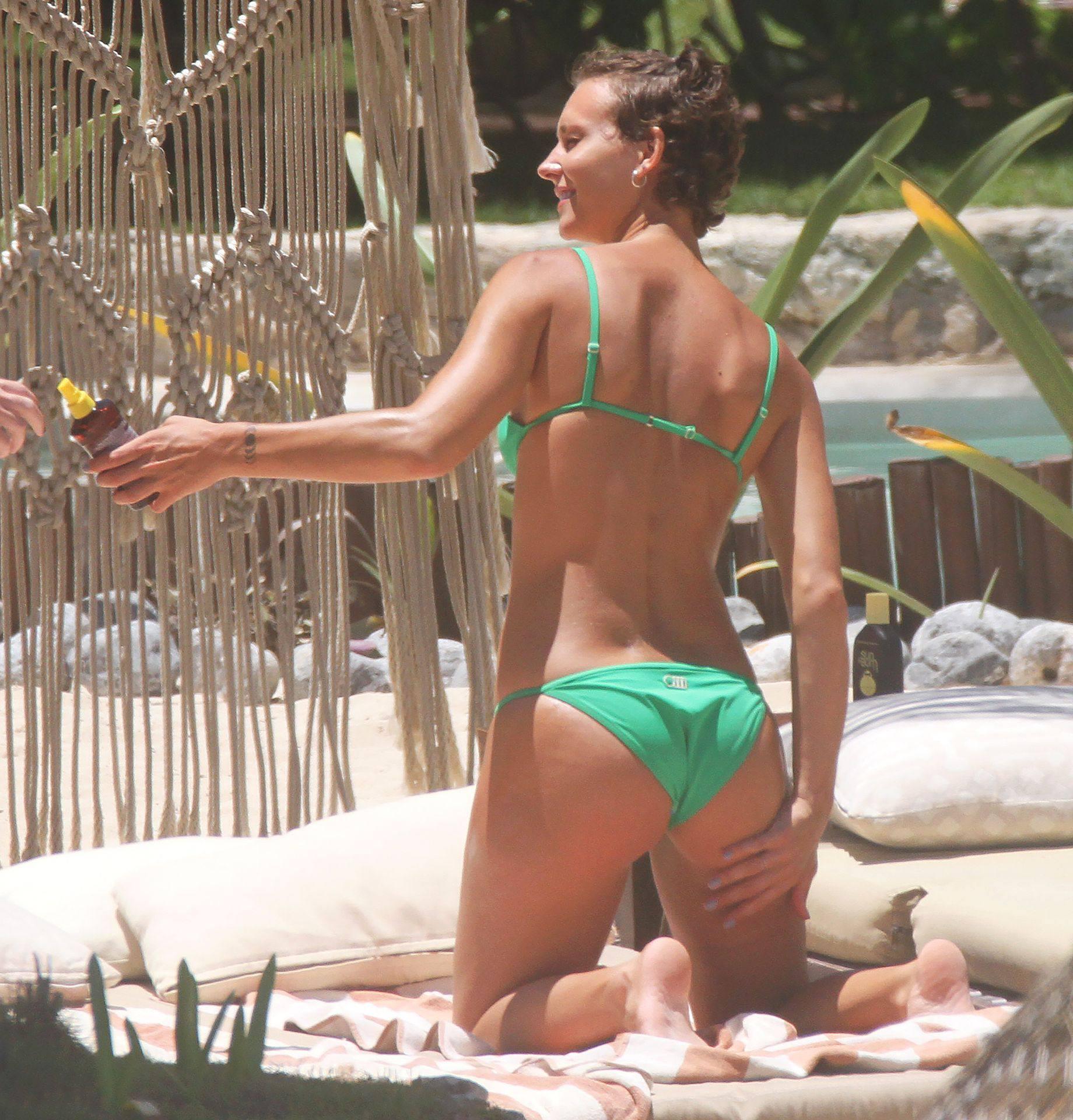 Rachel Cook – Sexy Ass And Boobs In Small Bikini In Tulum 0013