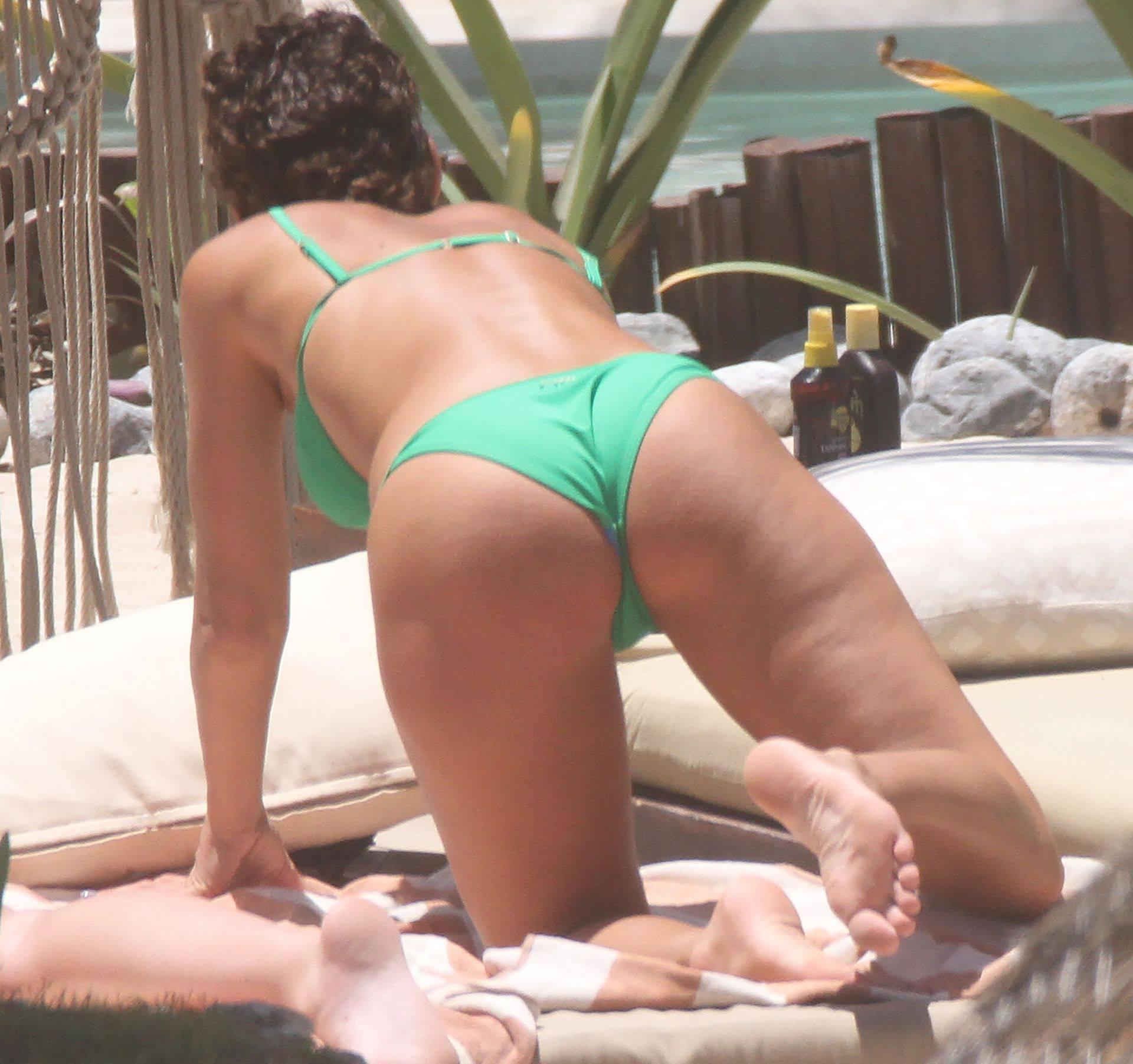 Rachel Cook – Sexy Ass And Boobs In Small Bikini In Tulum 0014