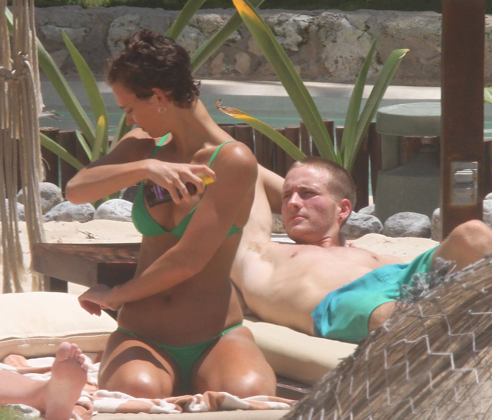 Rachel Cook – Sexy Ass And Boobs In Small Bikini In Tulum 0015