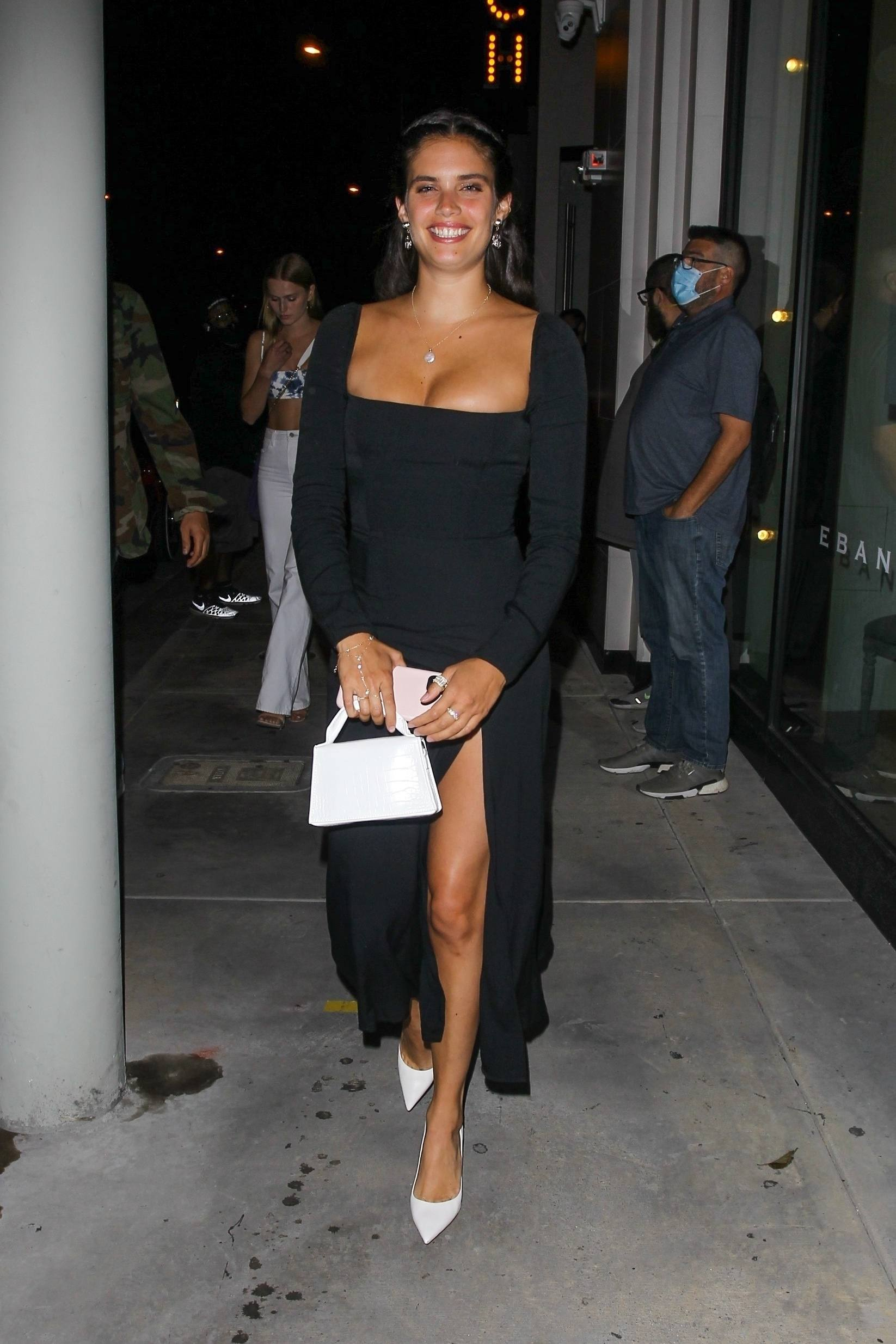 Sara Sampaio – Beautiful In Sexy Black Dress At Catch Restaurant In West Hollywood 0003