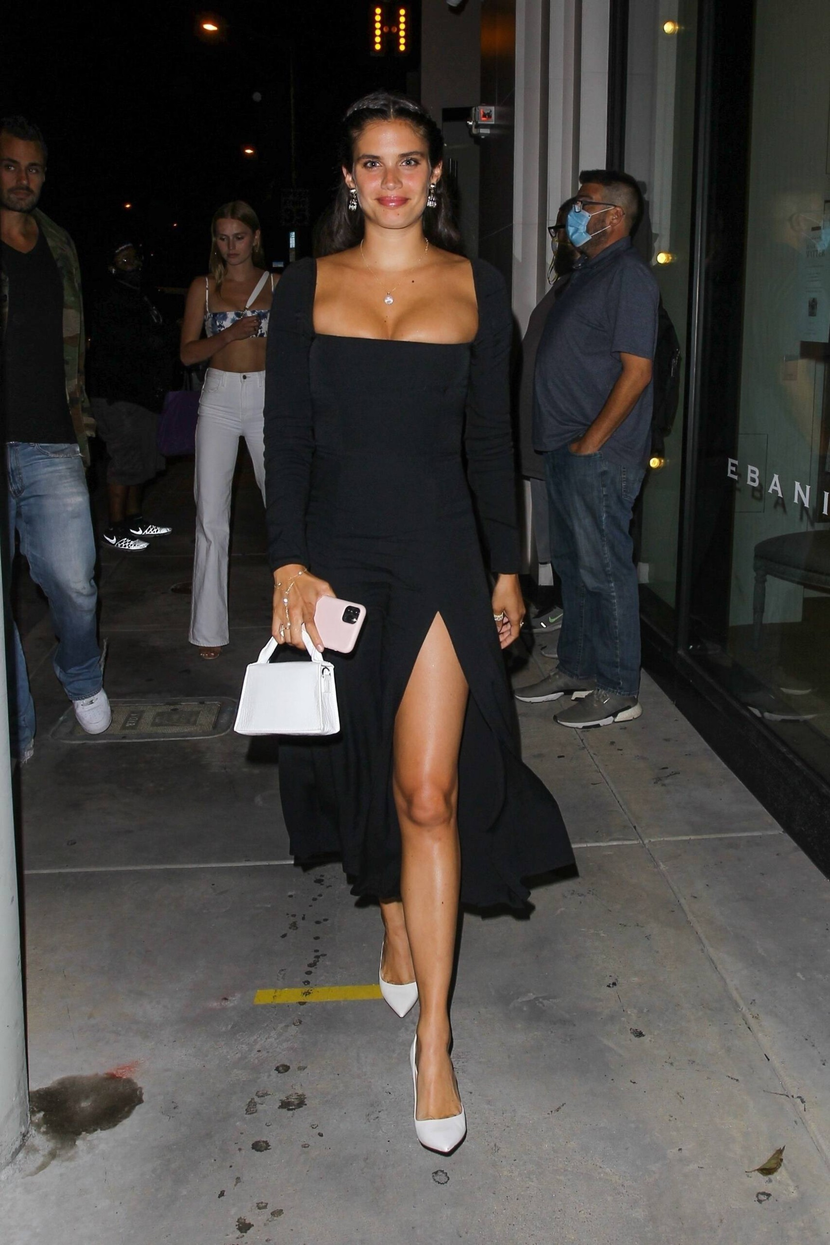 Sara Sampaio – Beautiful In Sexy Black Dress At Catch Restaurant In West Hollywood 0008