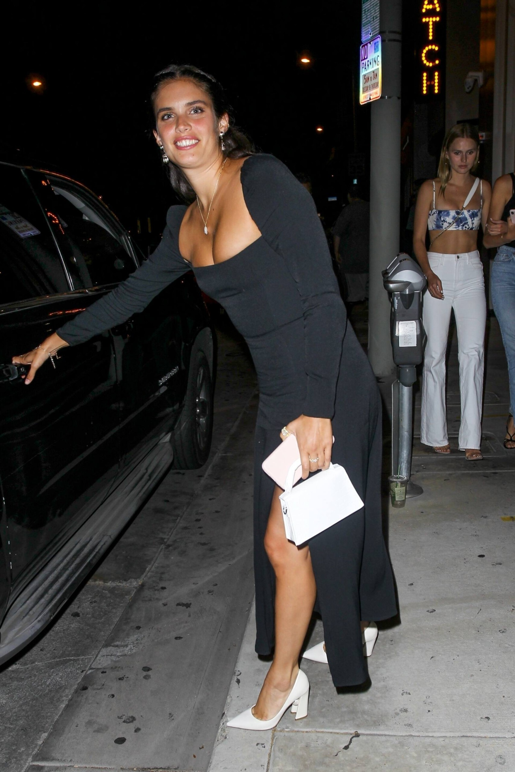 Sara Sampaio – Beautiful In Sexy Black Dress At Catch Restaurant In West Hollywood 0018