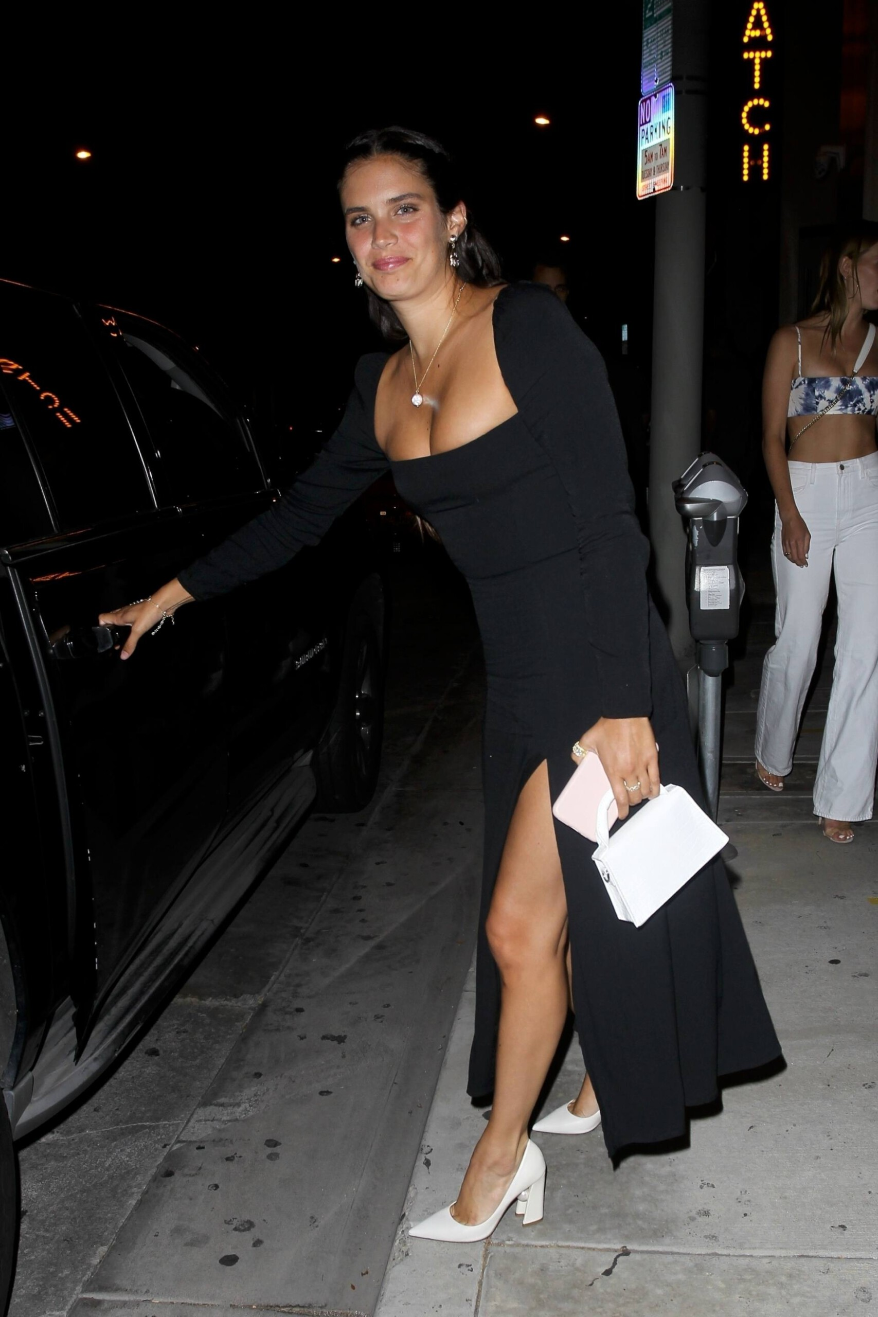 Sara Sampaio – Beautiful In Sexy Black Dress At Catch Restaurant In West Hollywood 0020