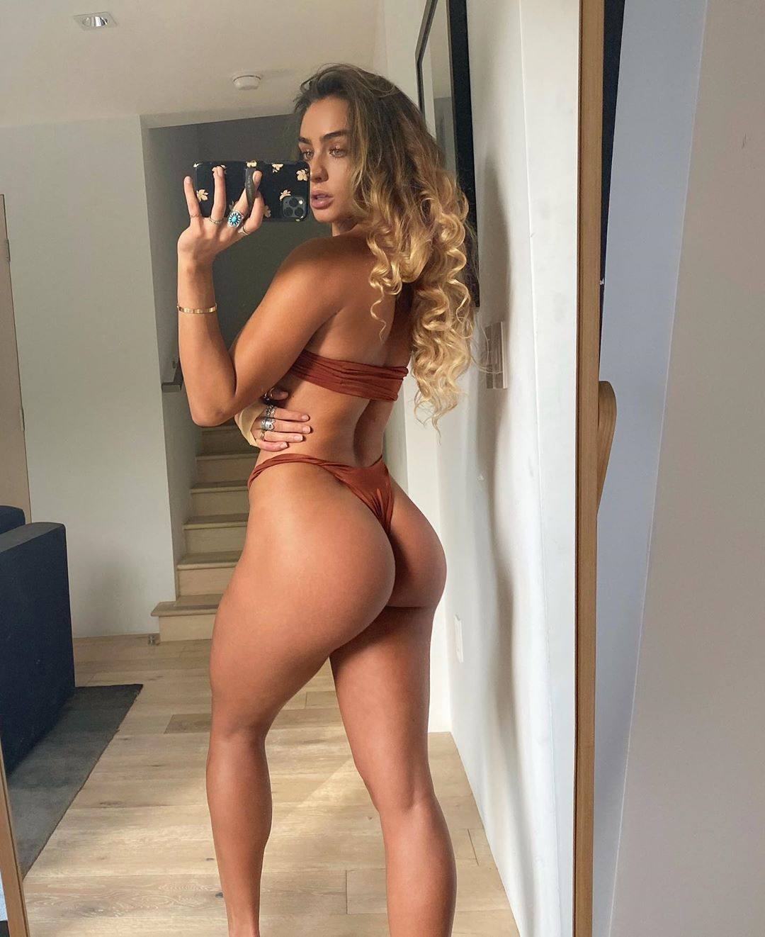 Sommer Ray – Beautiful Body And Great Ass In Sexy Selfies 0005