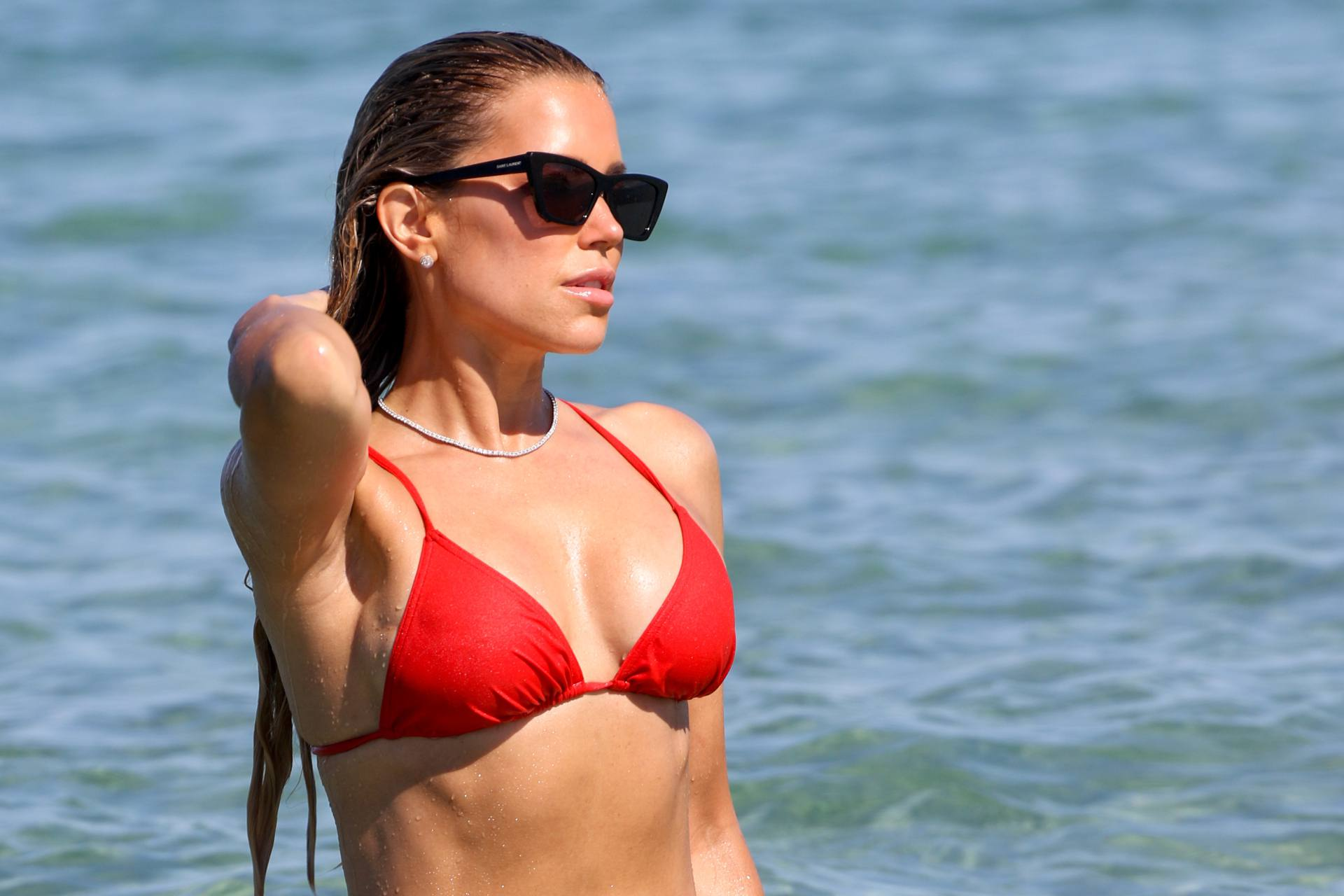 Sylvie Meis – Beautiful Body In Sexy Bikini On The Beach In Saint Tropez 0015