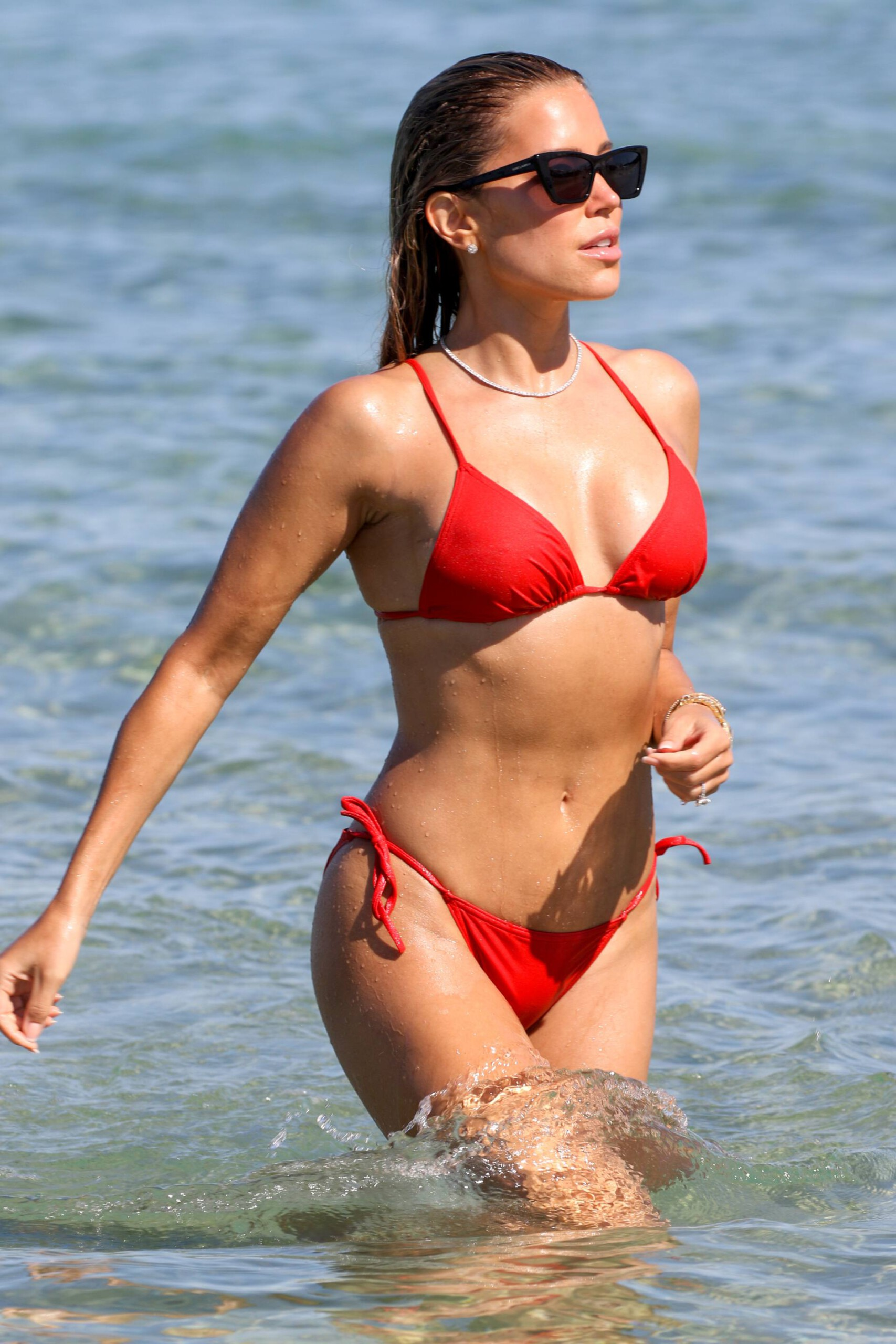 Sylvie Meis – Beautiful Body In Sexy Bikini On The Beach In Saint Tropez 0016
