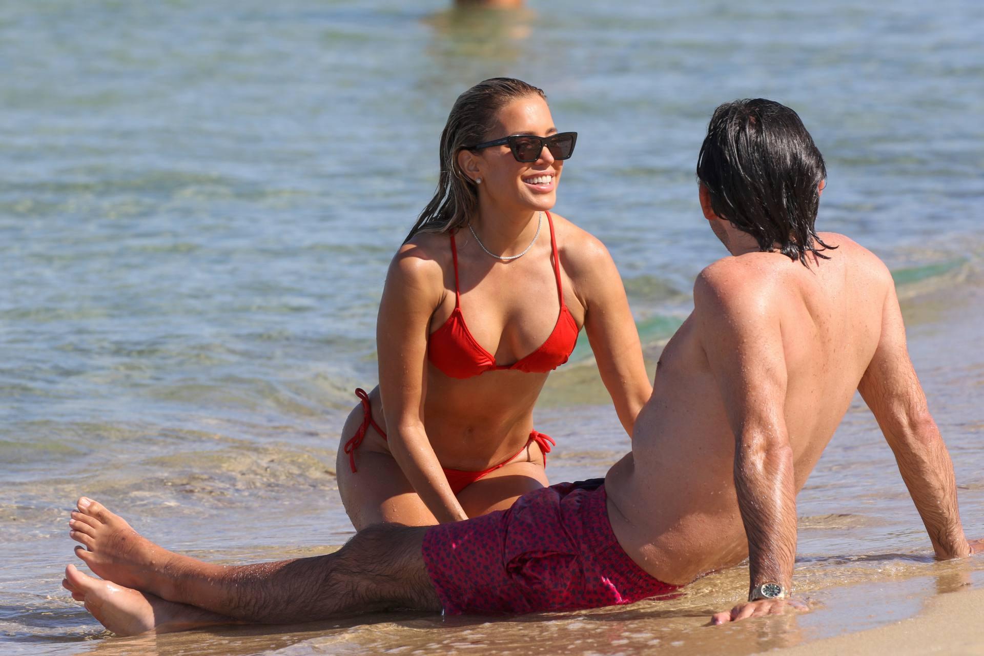 Sylvie Meis – Beautiful Body In Sexy Bikini On The Beach In Saint Tropez 0026