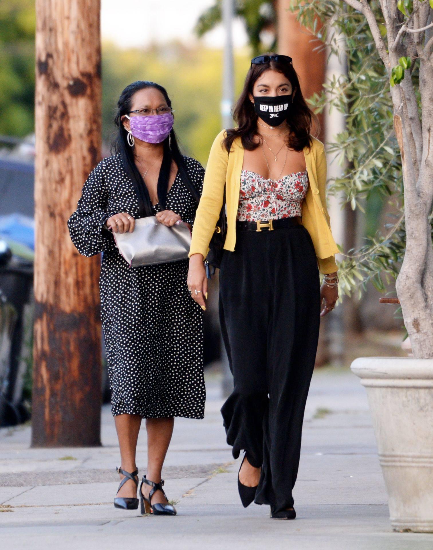 Vanessa Hudgens – Sexy Boobs And Ass At Farfalla In Los Angeles 0004