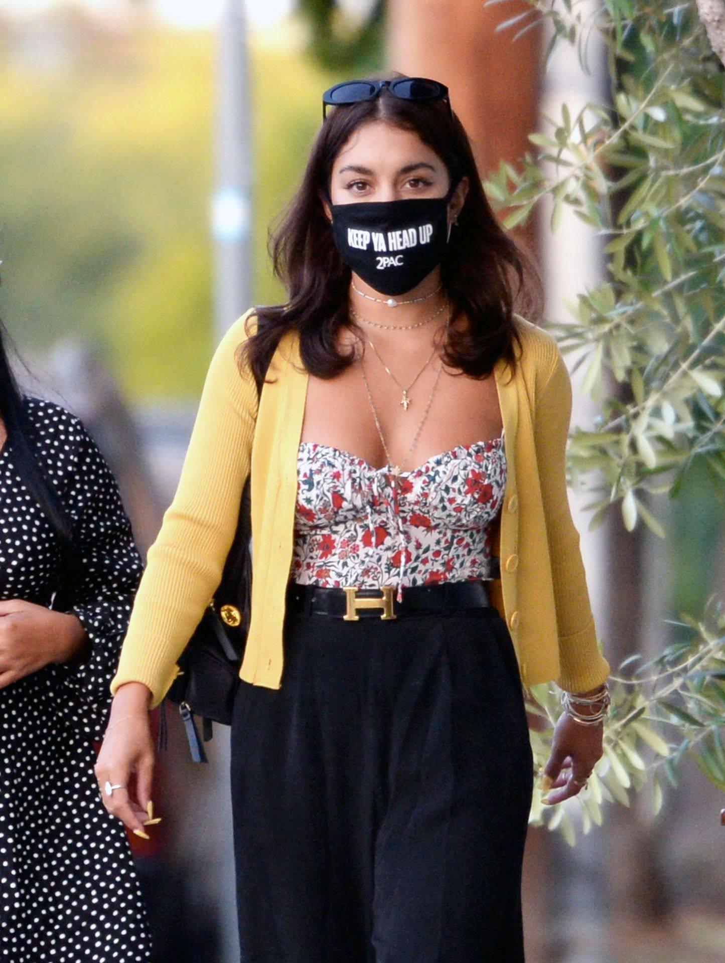 Vanessa Hudgens – Sexy Boobs And Ass At Farfalla In Los Angeles 0008