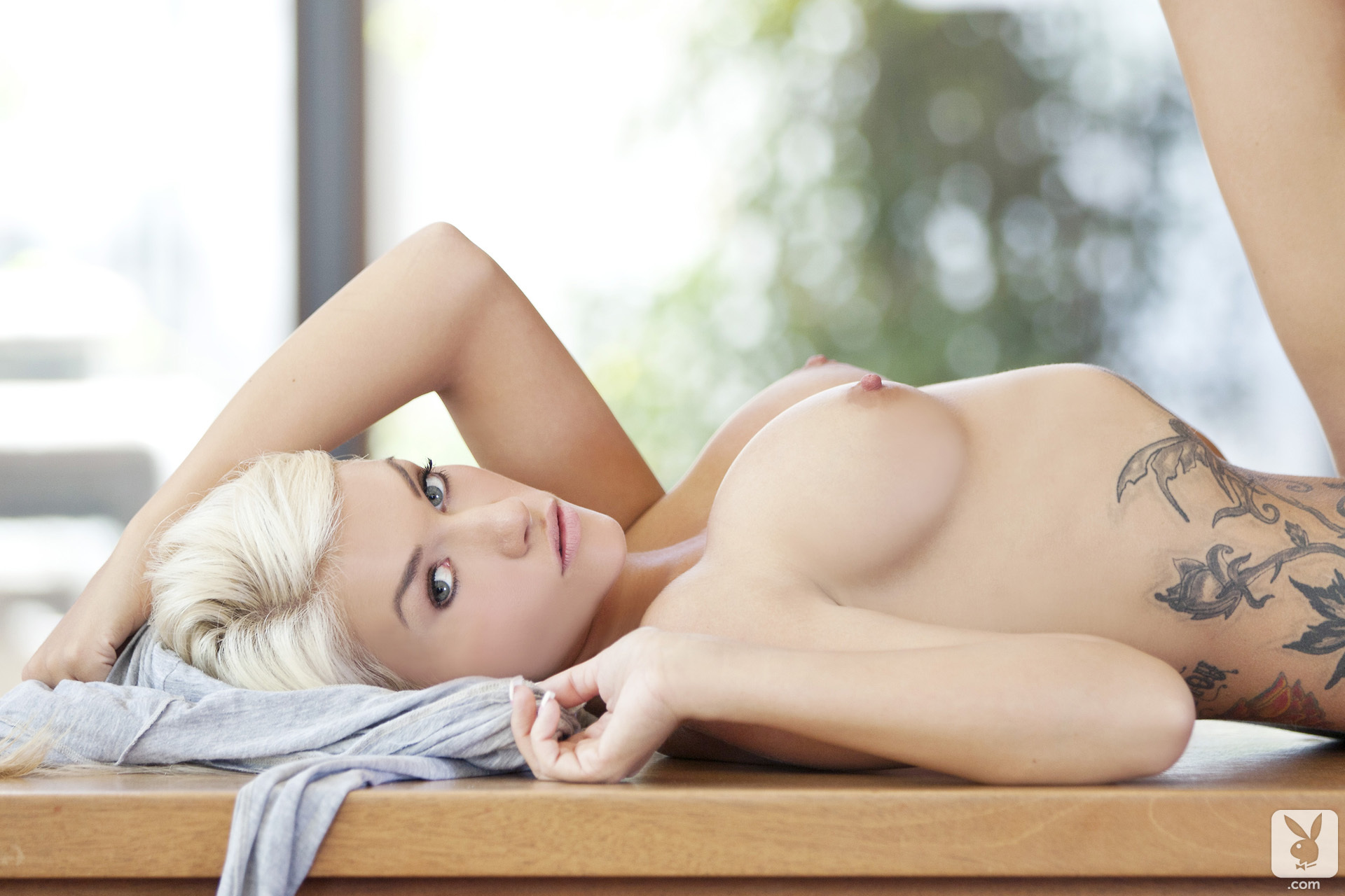 Taylor Seinturier Cybergirl Of The Month July 2012 Blonde Lust (20)