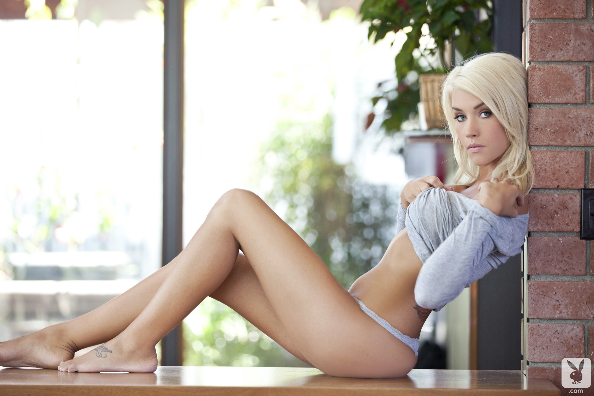 Taylor Seinturier Cybergirl Of The Month July 2012 Blonde Lust (49)