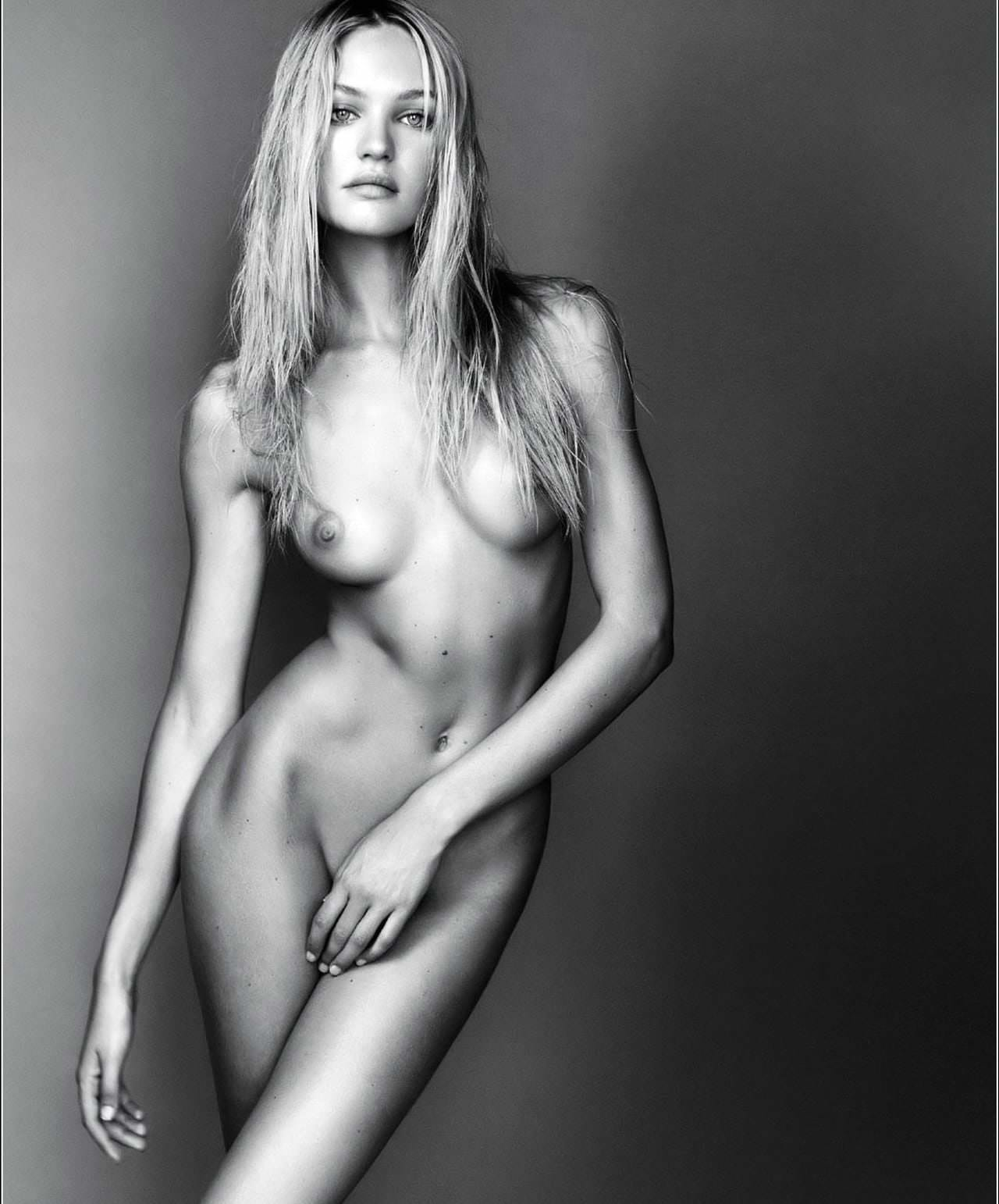 Candice Swanepoel Nudes And Porn! 0038