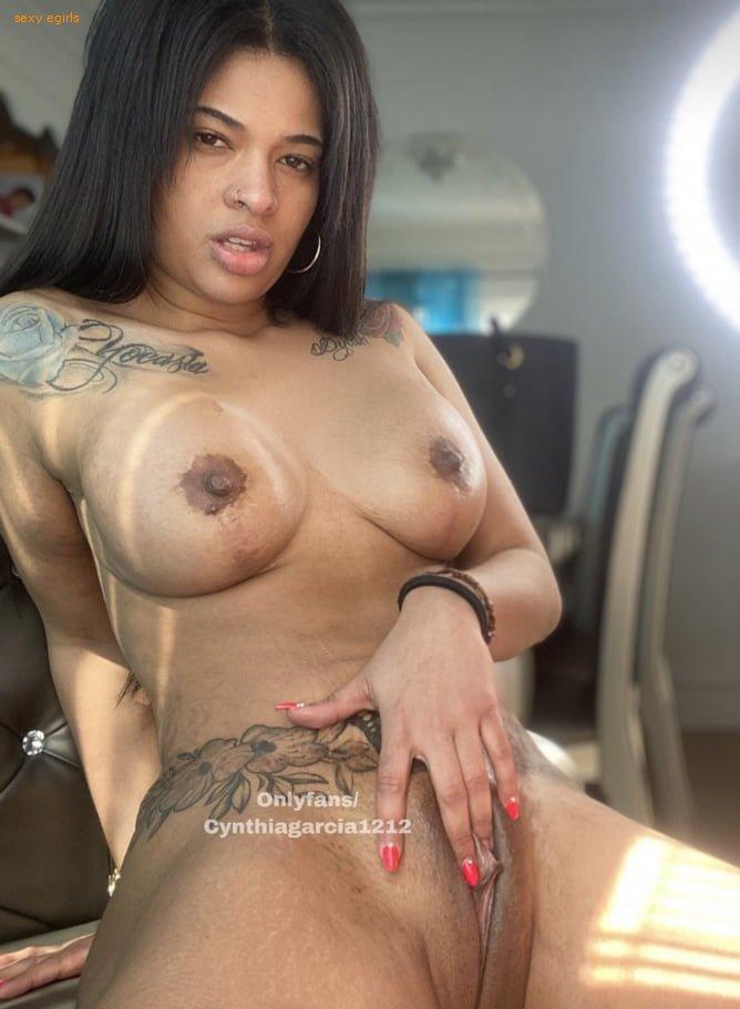 Cynthia Garcia Onlyfans Nude Leaks 0004