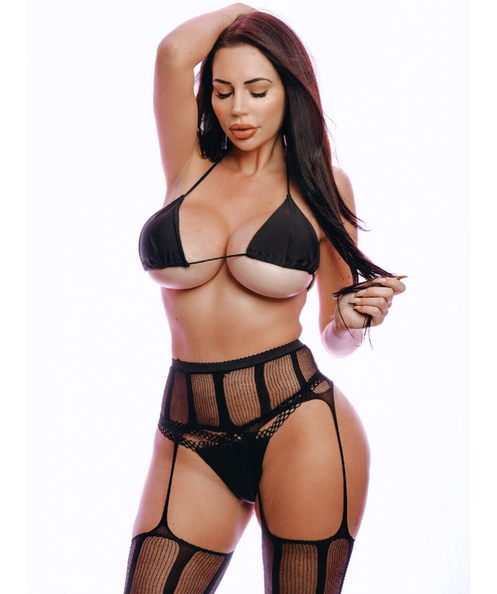 Yvonne Bar Nude & Sex Tape Onlyfans! 0006