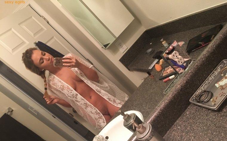 Zoey Taylor Onlyfans Nude Leaks 0007