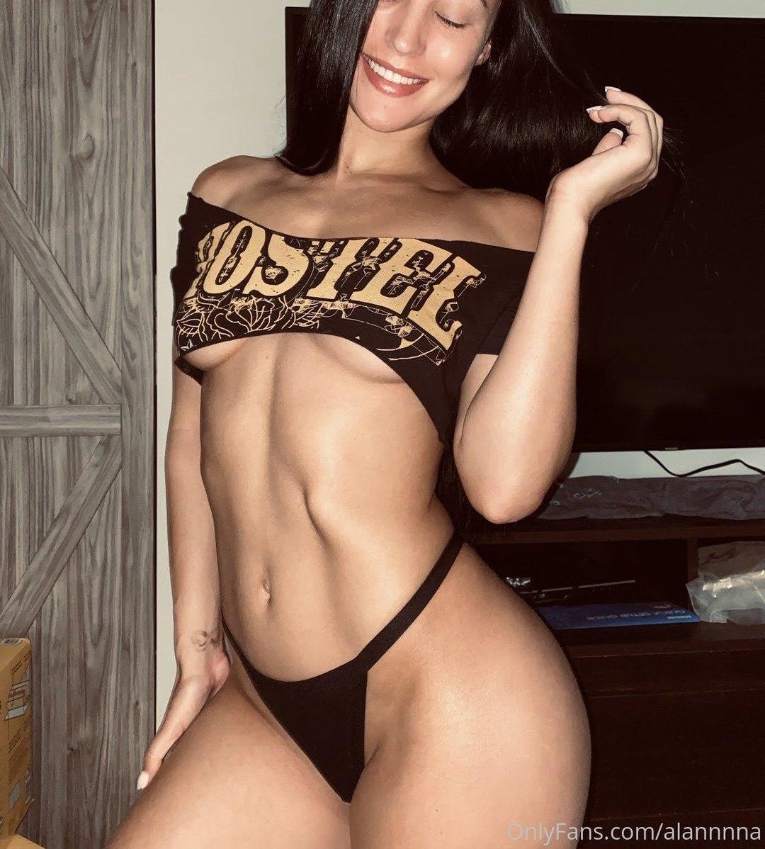 Alanna Dergan Alannnna Onlyfans Nudes Leaks 0007